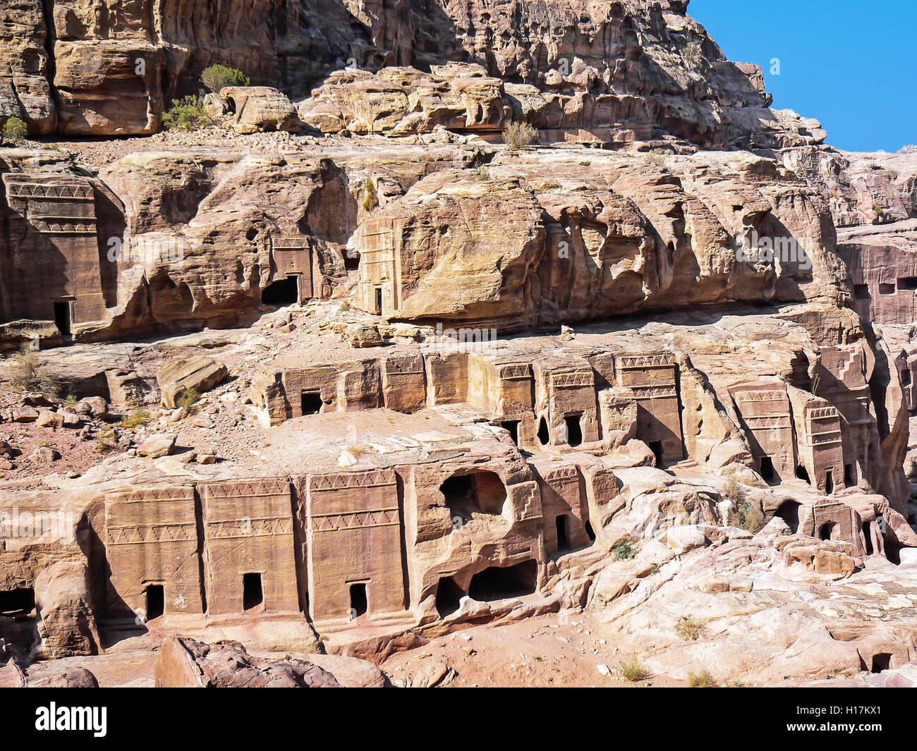 Rue de façades, tombeaux de Petra, Jordanie Photo Stock