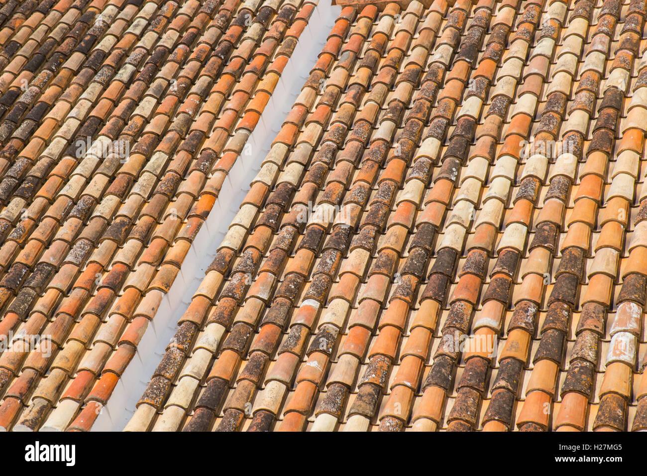 Des tuiles en terre cuite. Photo Stock