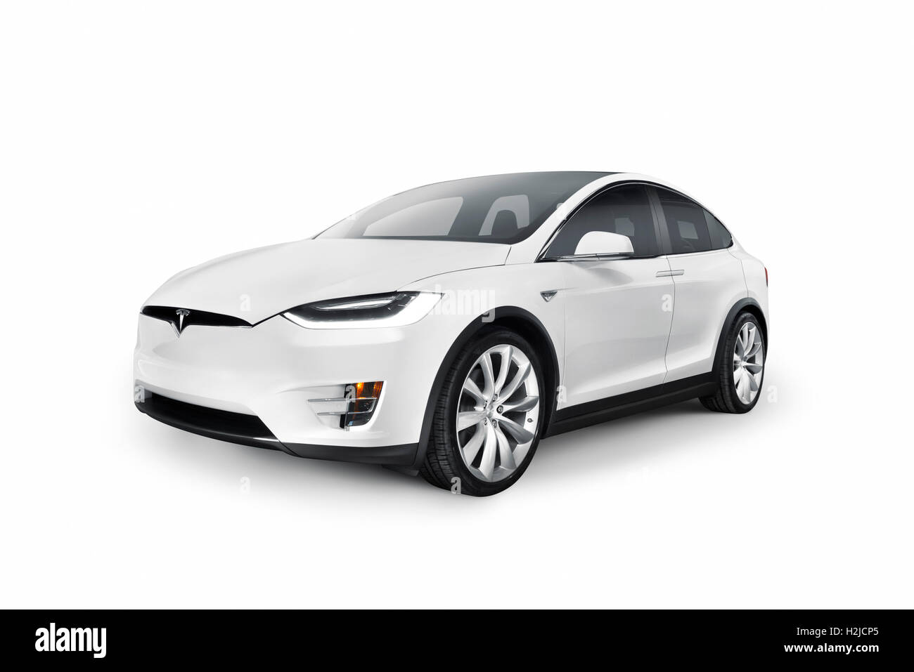 white 2017 tesla model x suv de luxe voiture lectrique isol sur fond blanc avec clipping path. Black Bedroom Furniture Sets. Home Design Ideas