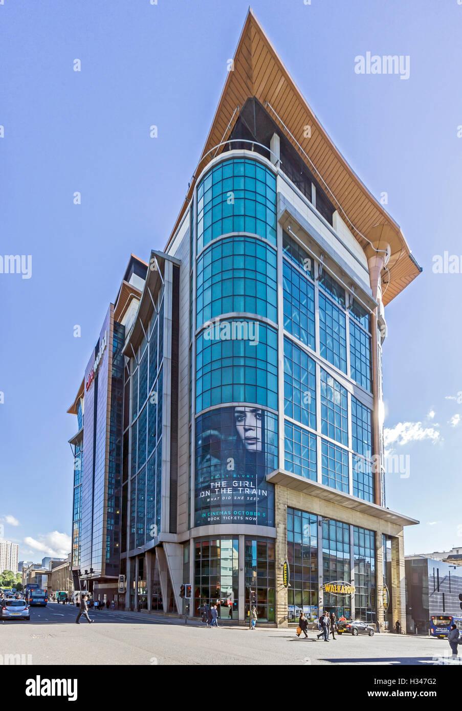 Cinéma CineWorld immeuble sur le coin de Killermont Street et West Nile Street Glasgow Ecosse Banque D'Images