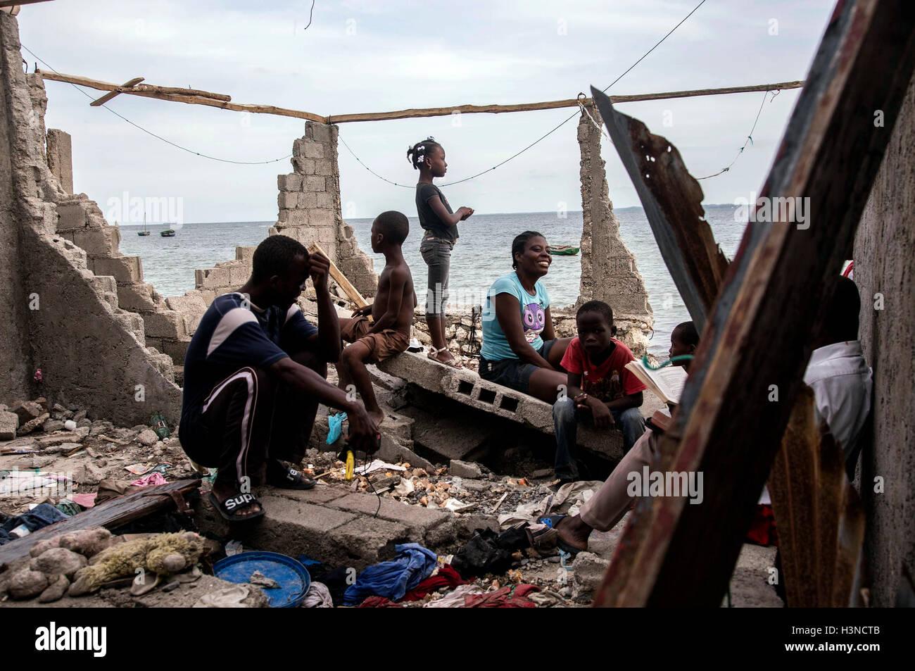 Les Cayes, Haïti. 9 octobre, 2016. Image fournie par l'Organisation des Nations Unies pour l'enfance Photo Stock