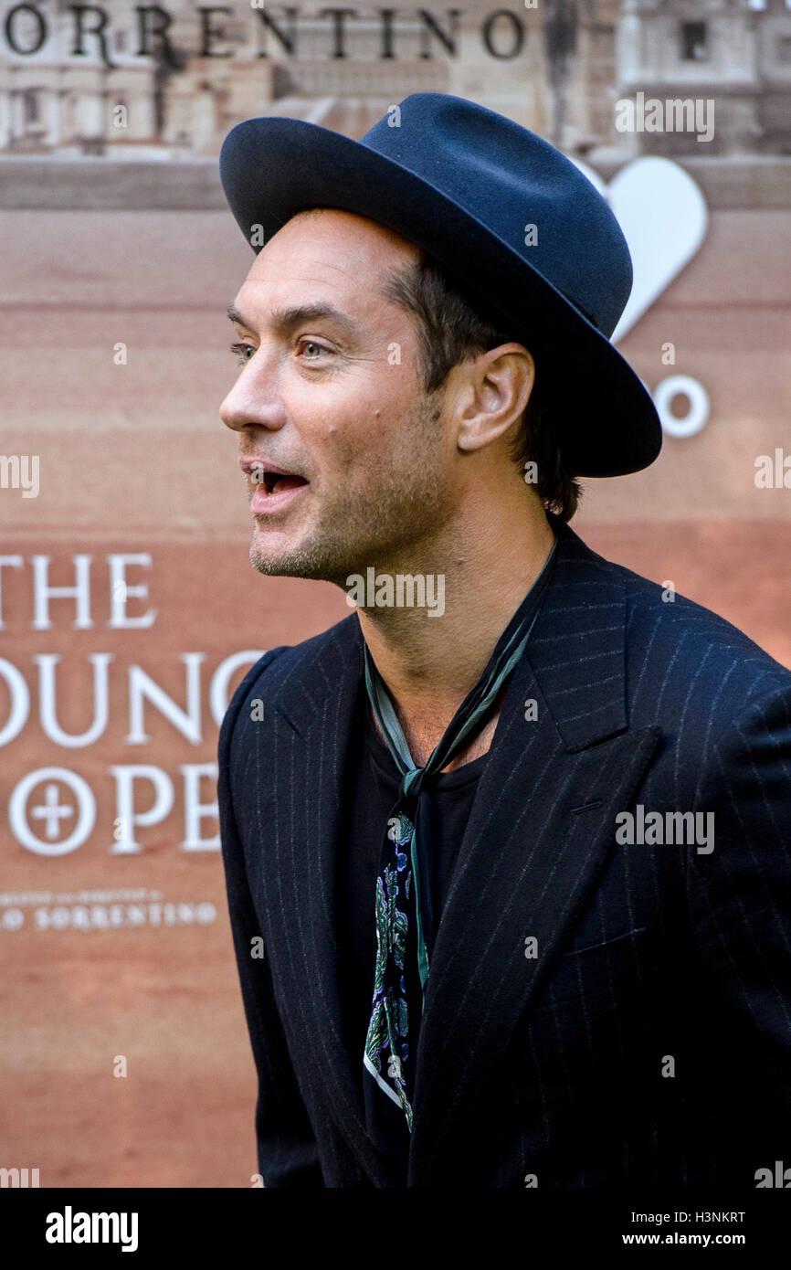 Madrid, Espagne. 11 octobre, 2016. L'acteur Jude Law lors de la présentation de 'La Jeune Pape' Photo Stock