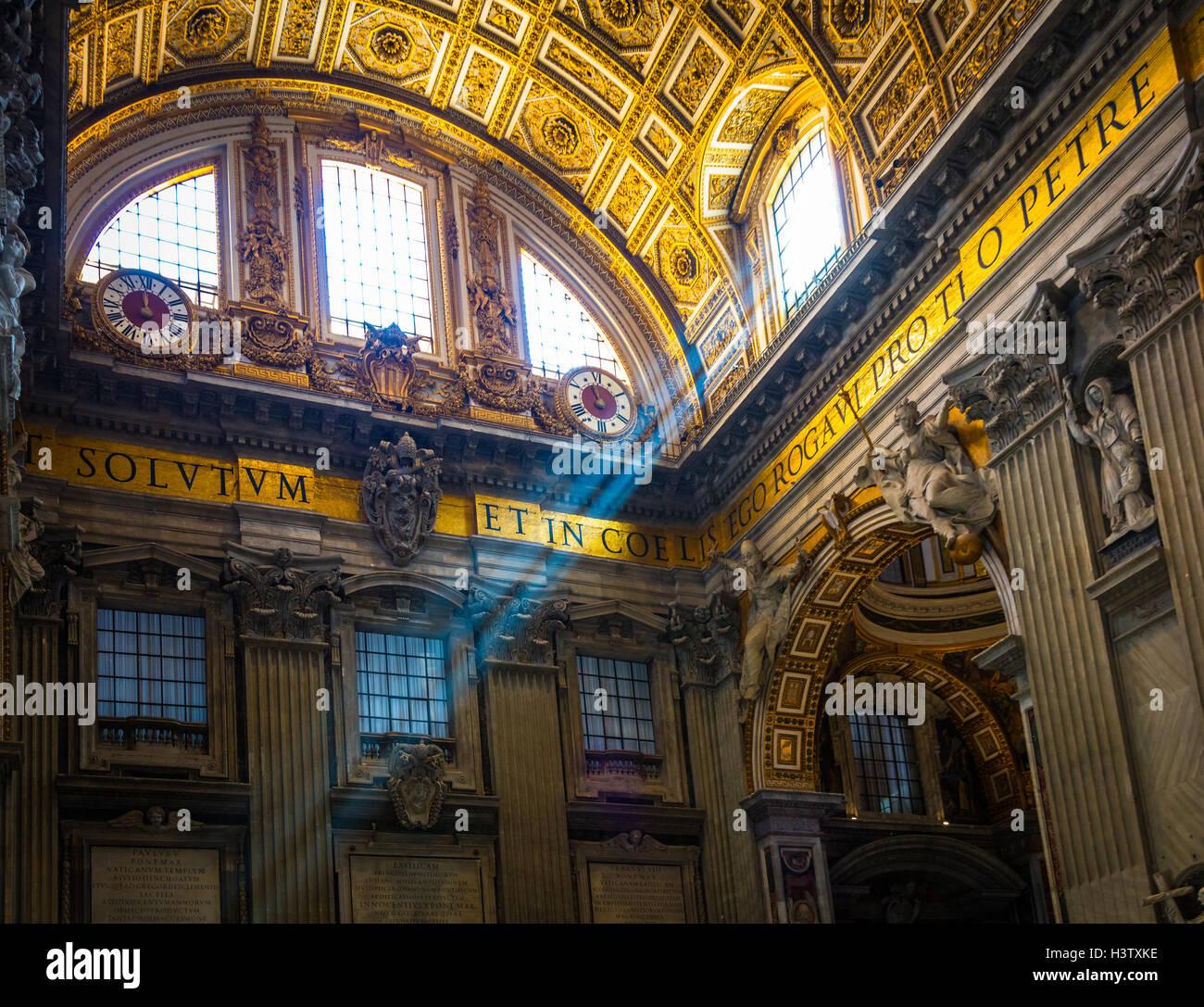La basilique Saint Pierre est une église de la fin de la renaissance situé à l'intérieur Photo Stock
