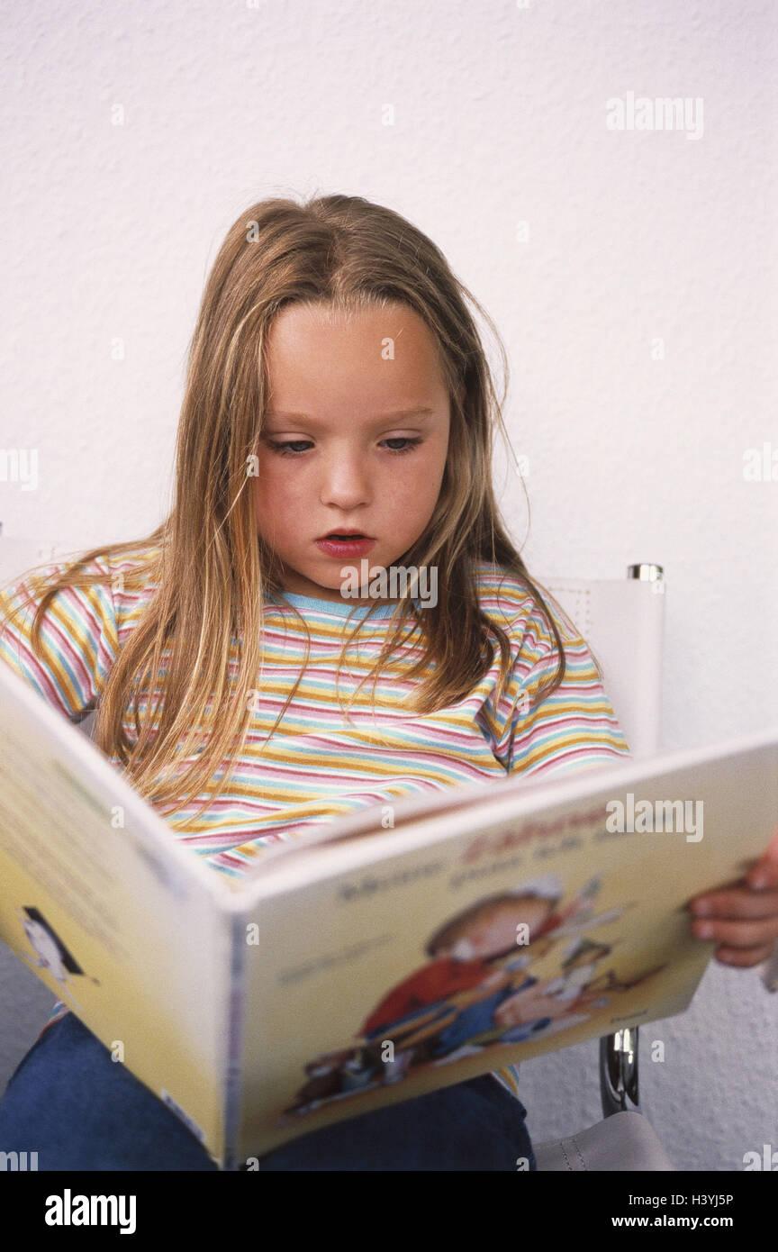 Les Filles Livre Pour Enfants Lire De La Concentration