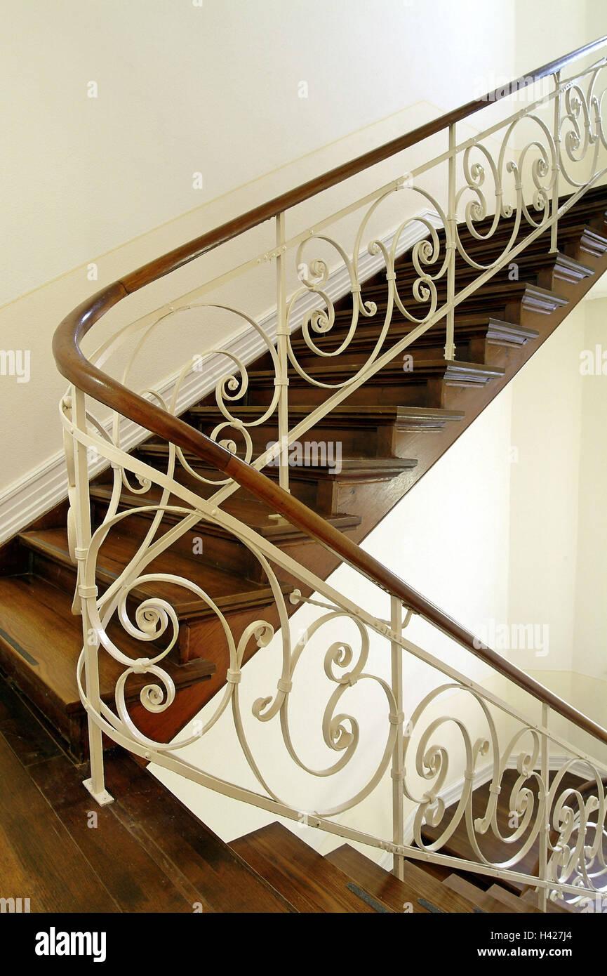 Escalier En Bois, Escalier, Mains Courantes, Escaliers, Escaliers, Décorer  à Lu0027intérieur, La Réception De Lu0027intérieur, Garde Corps, Main Courante, ...
