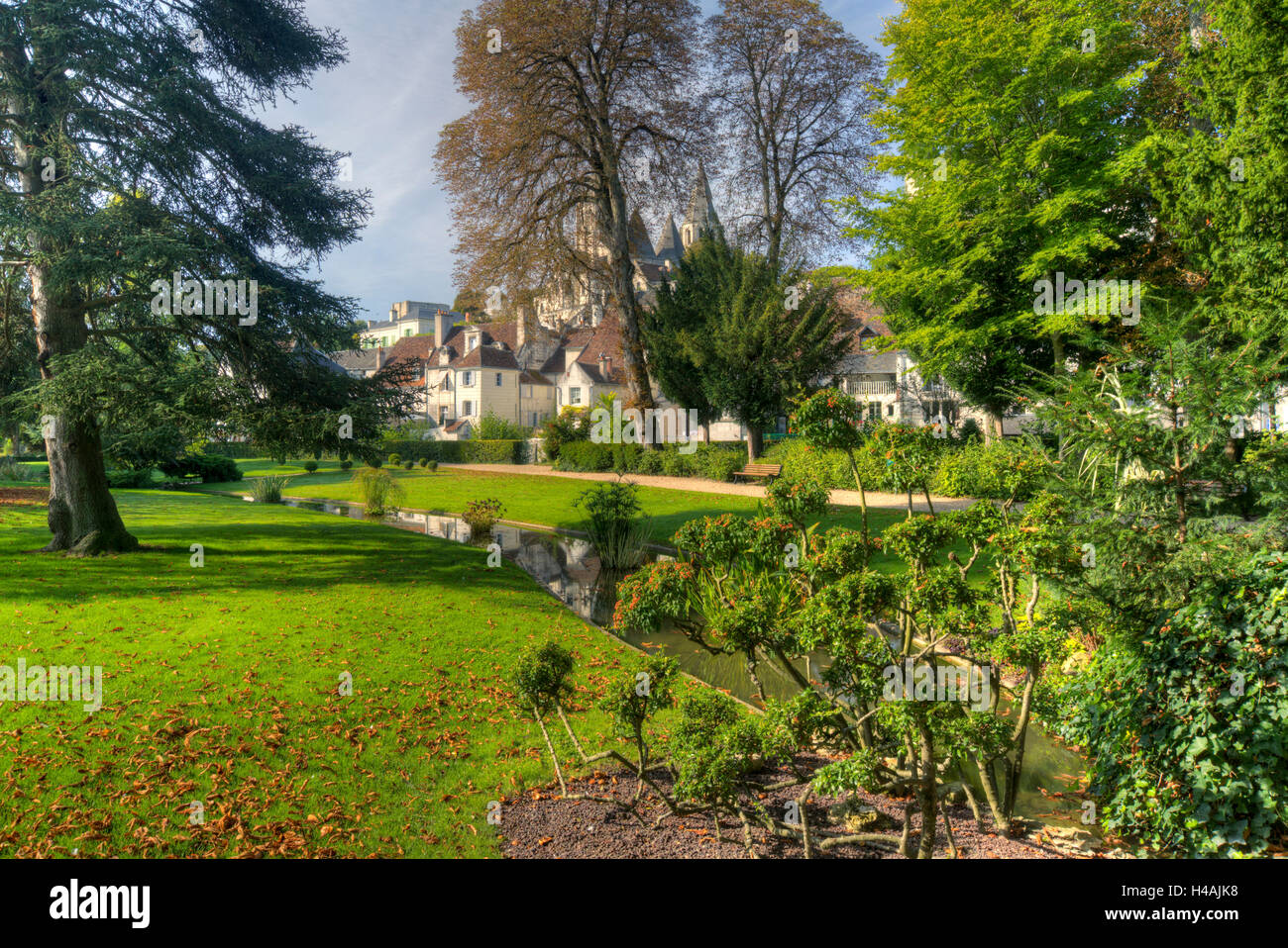 Paysagiste Indre Et Loire loches park photos & loches park images - alamy