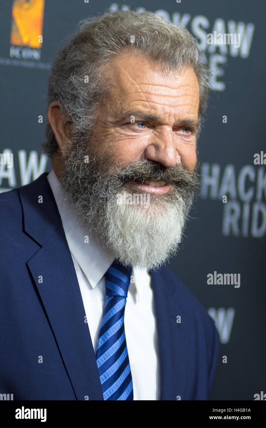 Sydney, Australie - 16 octobre 2016: Mel Gibson arrive avant la première australienne de la crête Photo Stock