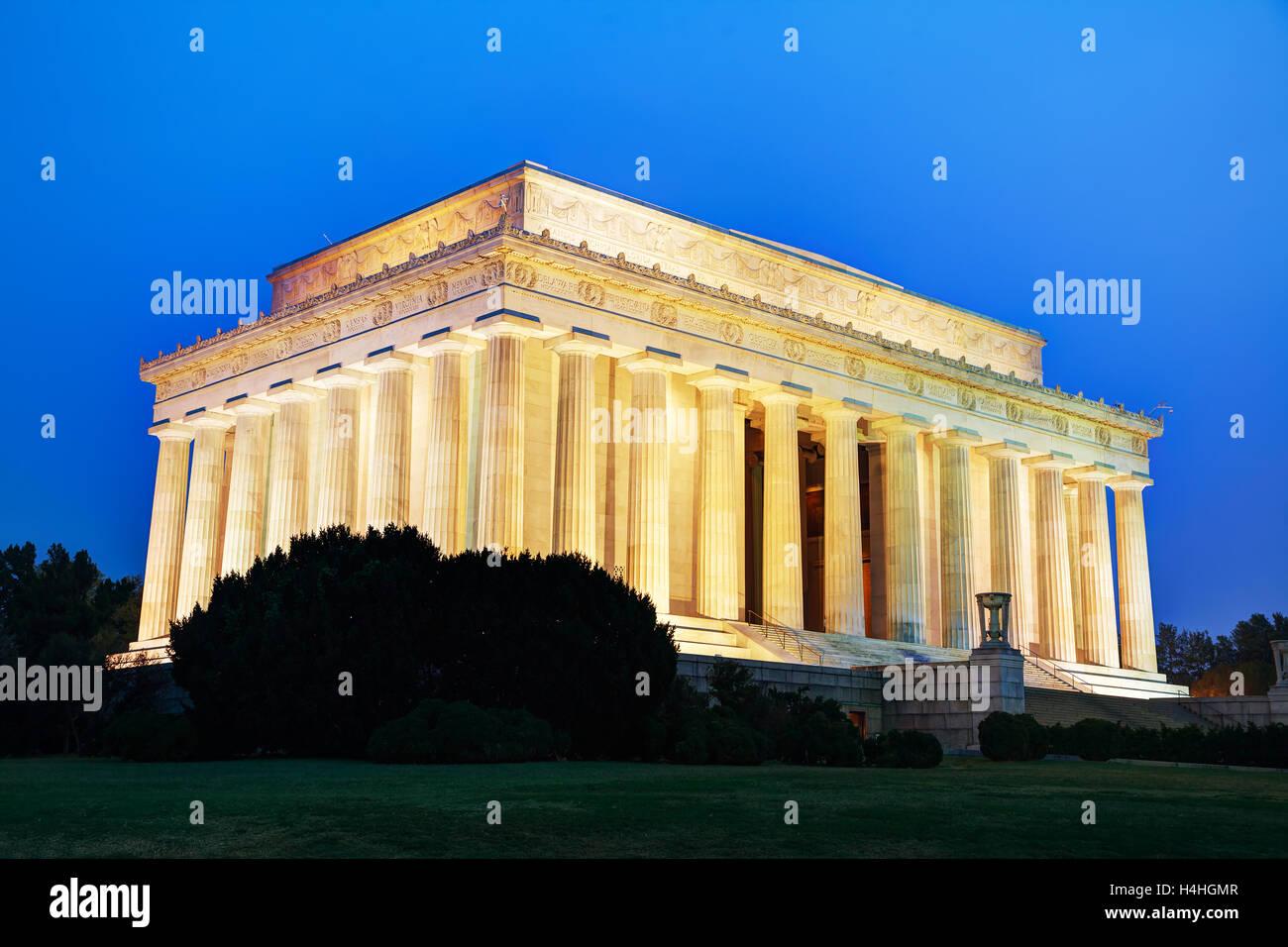 Abraham Lincoln Memorial à Washington, DC le soir Banque D'Images