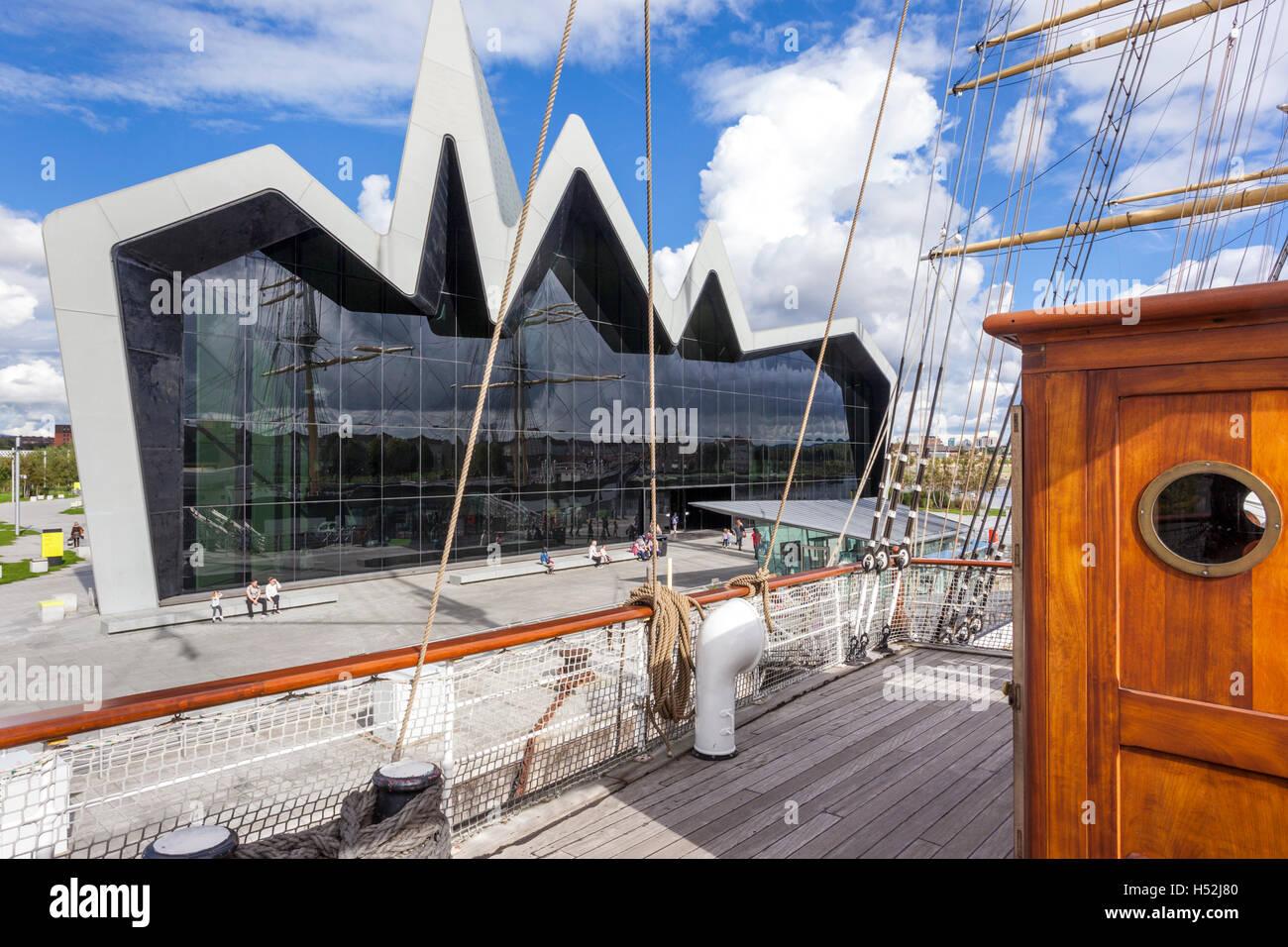 Le Riverside Museum of Transport et voyages à côté de la rivière Clyde à Glasgow, Écosse Photo Stock