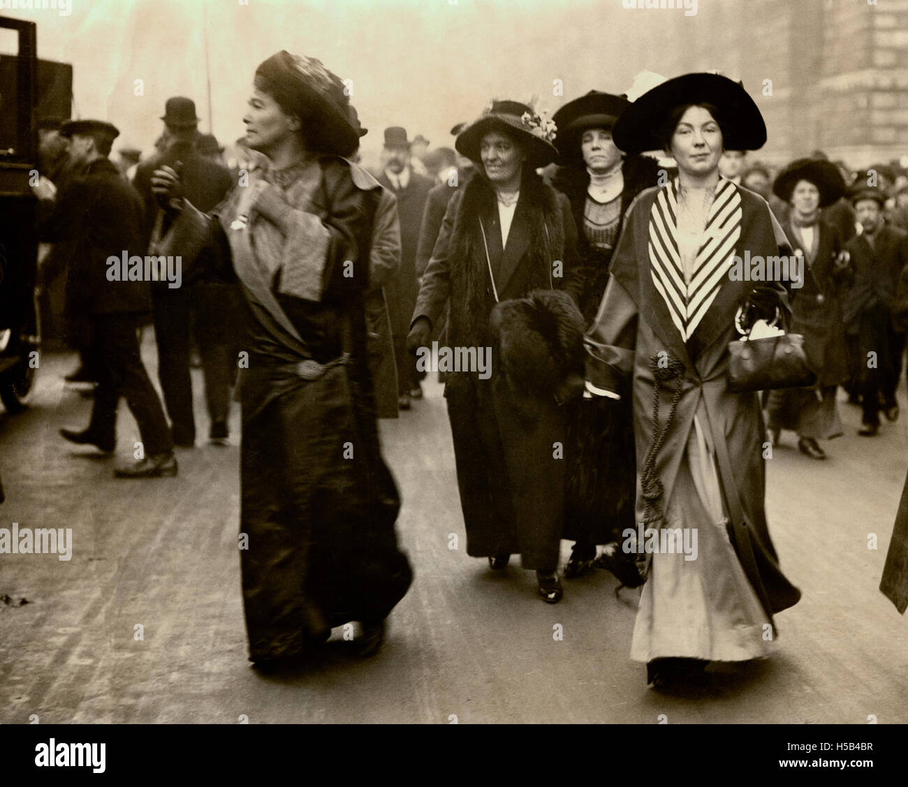 Emmeline Pethick Lawrence et Sylvain Pankhurst, c.1908-1912. Banque D'Images