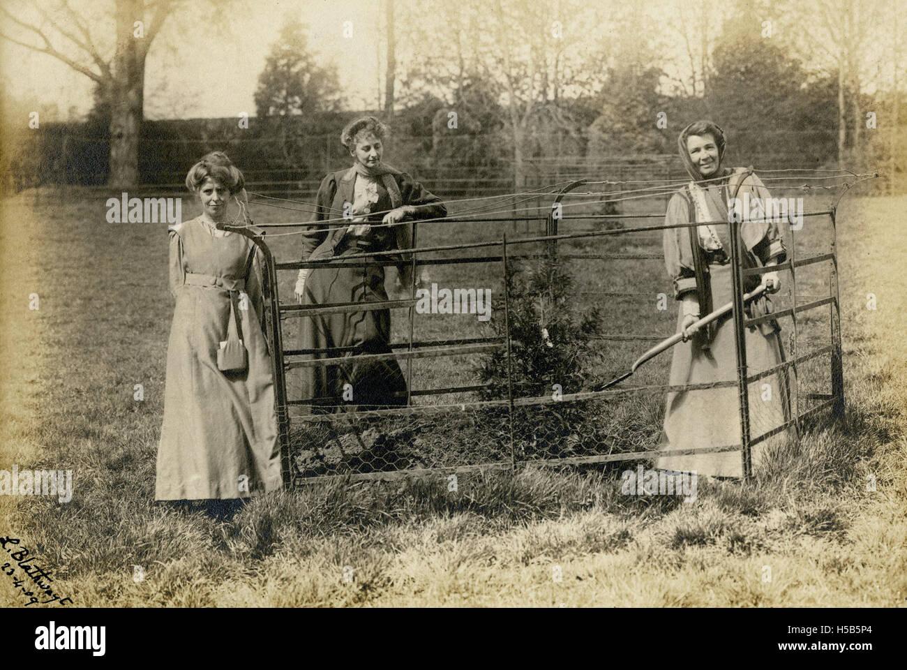 Annie Kenney, Constance Lytton et Emmeline Pethick Lawrence, 1909. Banque D'Images