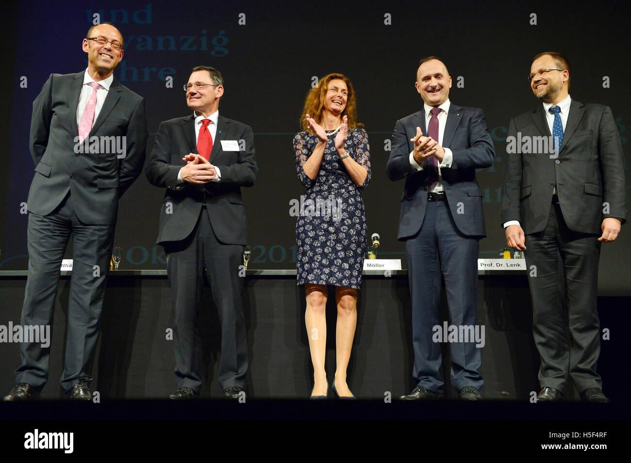 Potsdam, Allemagne. 20 Oct, 2016. Christoph Weiser, Président de la Cour d'état de l'Audit dans Photo Stock