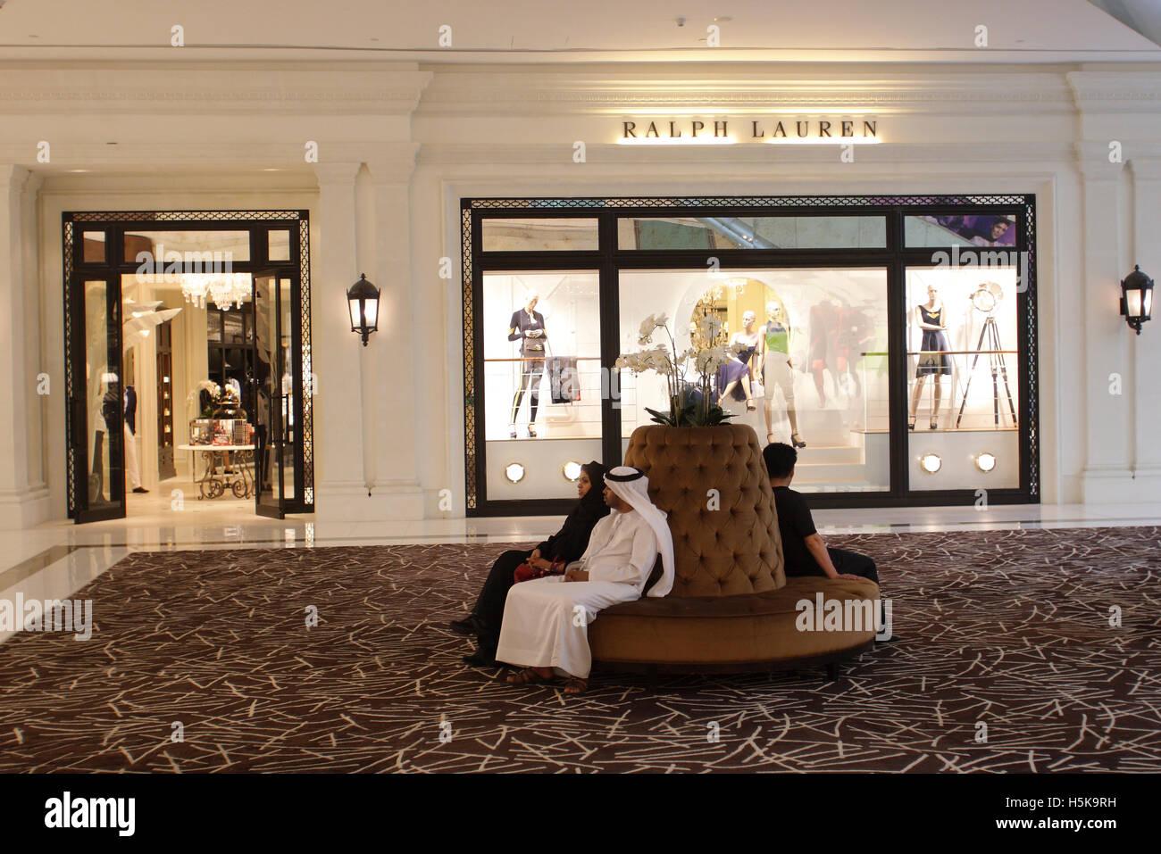 Ralph Lauren store dans la Fashion Avenue, avec 70 magasins international  dédié à la haute couture, le centre commercial de Dubaï, Dubaï e1225f584fe