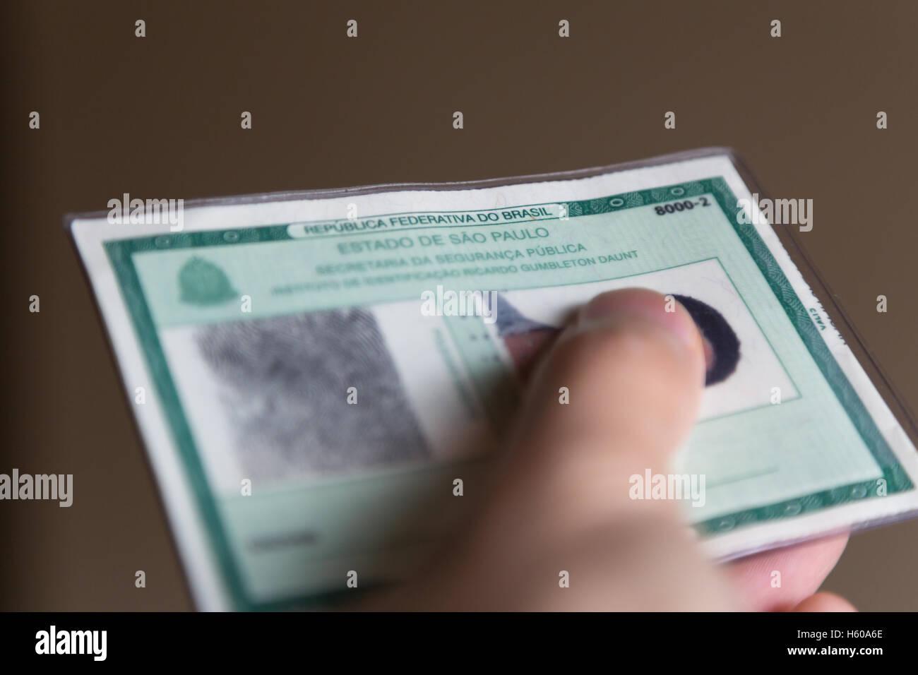 Carte Identite Bresil.Part Detient Une Carteira De Identidade Carte D Identite