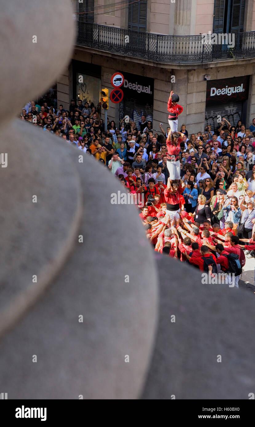 Castellers de Barcelona.'Castellers' les capacités humaines, une tradition catalane.Festa de la Merçe, ville festival. Plaça de Sant J Banque D'Images