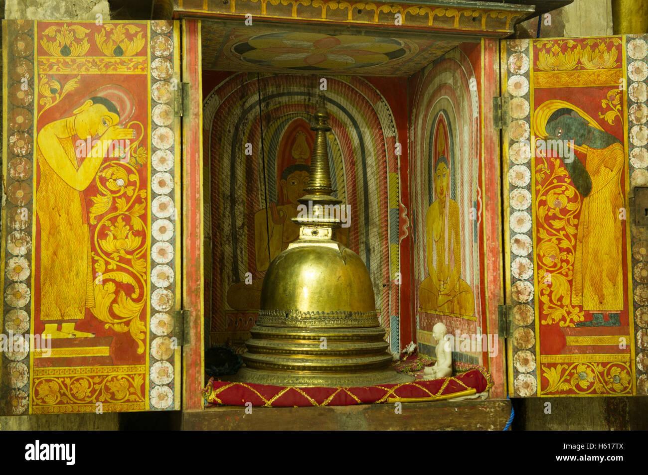 L'antiquité à Gadaladeniya Temple, Kandy, Sri Lanka Photo Stock