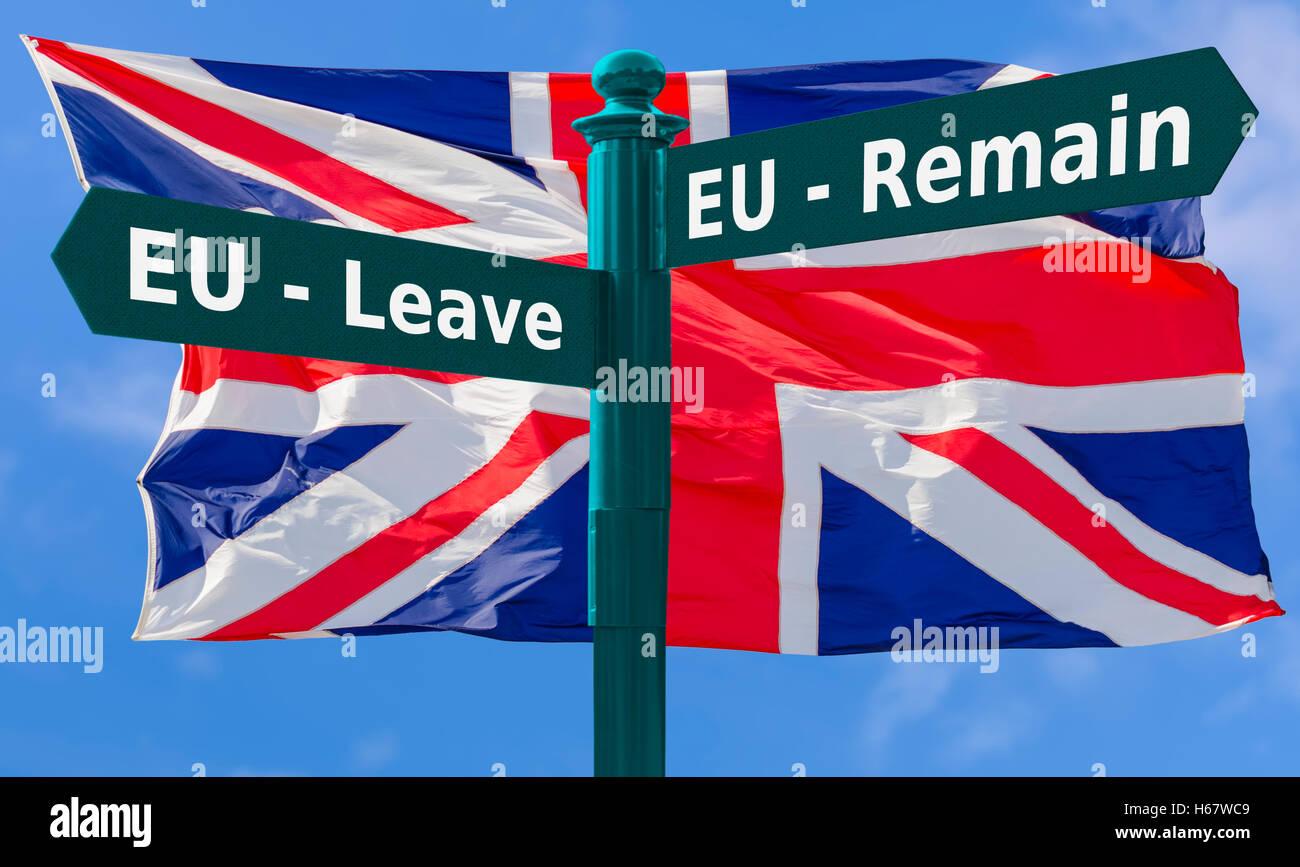 Brexit sign post. Quitter l'UE ou de l'UE demeurent contre un signe, concept Union Jack flag. Brexit concept. Photo Stock