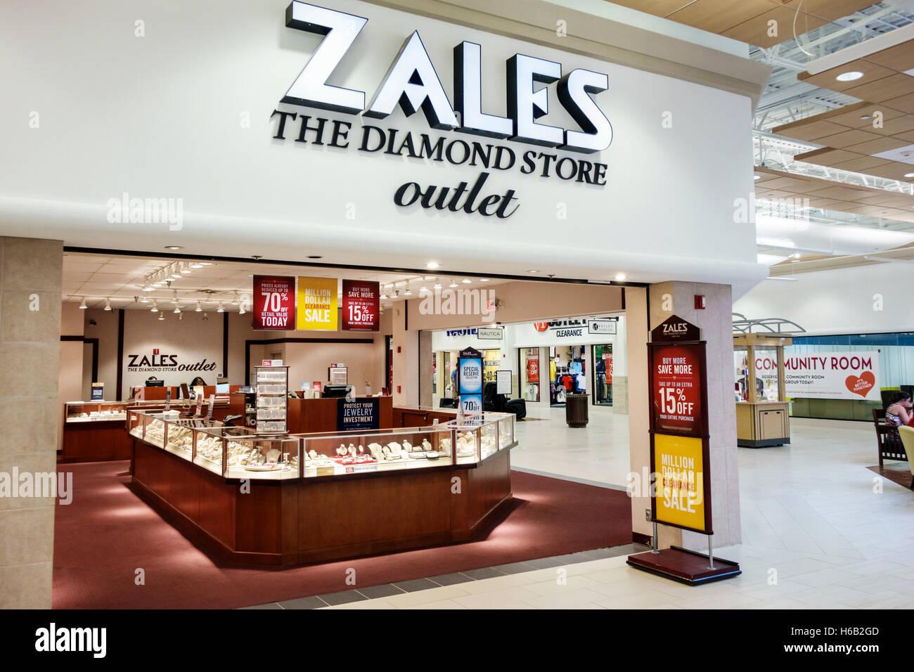 Saint Augustin d'Outlets shopping Floride entrée avant la sortie de magasin Zales Diamants bijoux Photo Stock