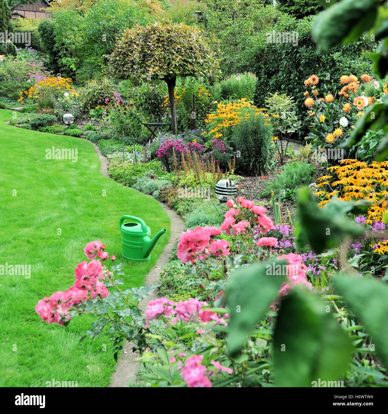 Fleur fleurs jardin jardins de plantes jardin fleurs arrosoir jardin ...
