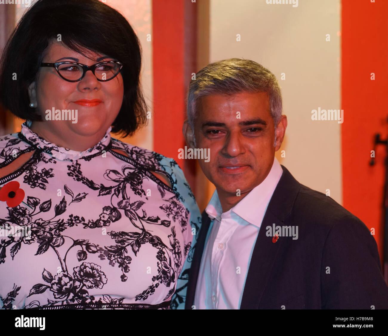 Londres, Angleterre, Royaume-Uni. 4ème Nov, 2016. Sadiq Khan, Amy Amy assiste boiteux boiteux comme UK premier tsar nuit au 100 Club, Londres, Royaume-Uni. Credit: Voir Li/Alamy Live News Banque D'Images