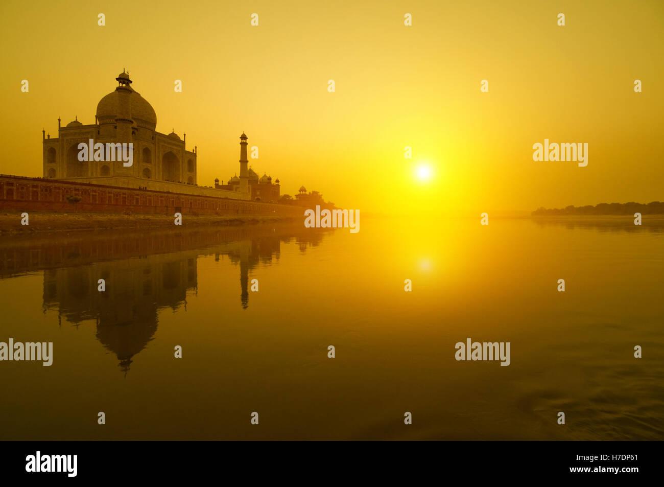 Taj Mahal coucher du soleil Banque D'Images