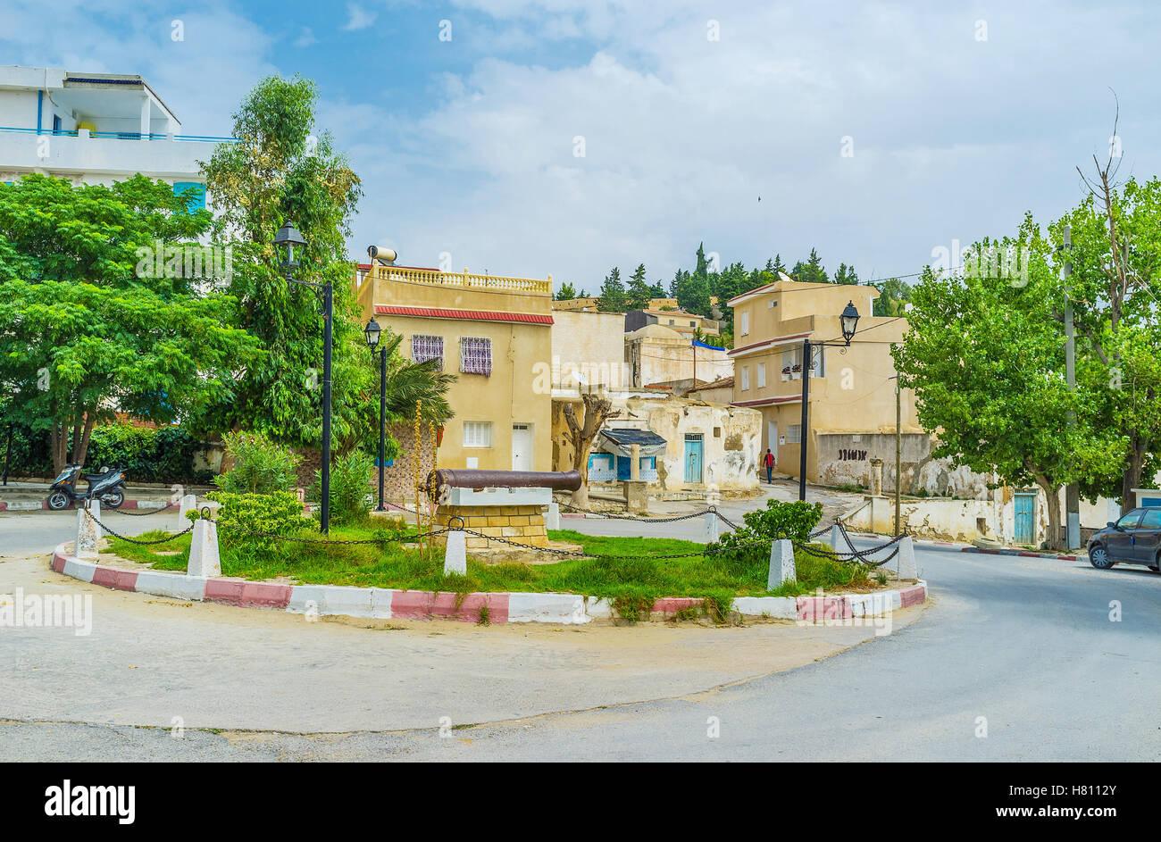 La petite place sur la zone de collines dans la vieille ville d'El Kef, Tunisie. Photo Stock