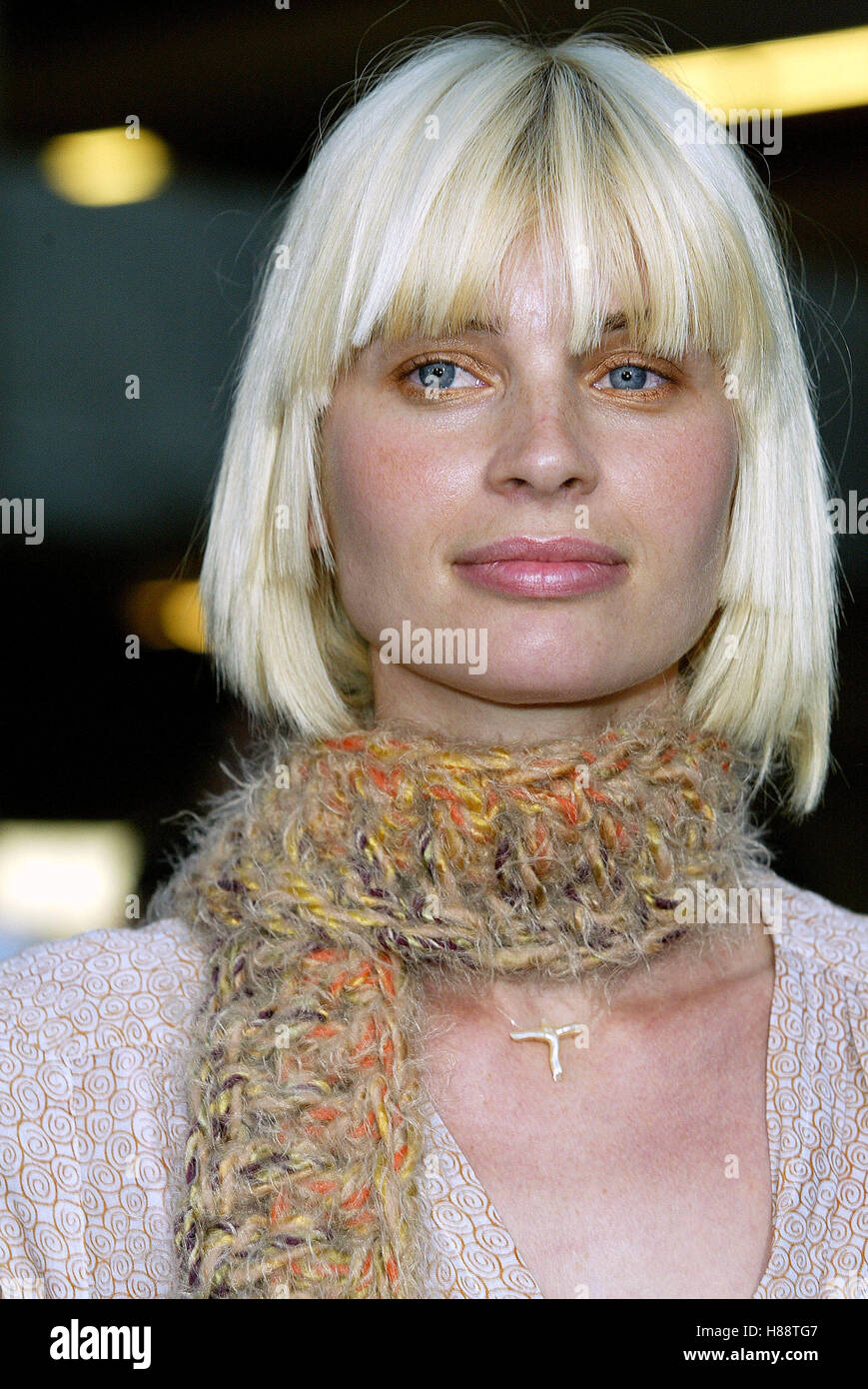 JOY DURHAM TREIZE PREMIERE FILM CINÉMA ARCLIGHT HOLLYWOOD LOS ANGELES USA 12 Août 2003 Photo Stock