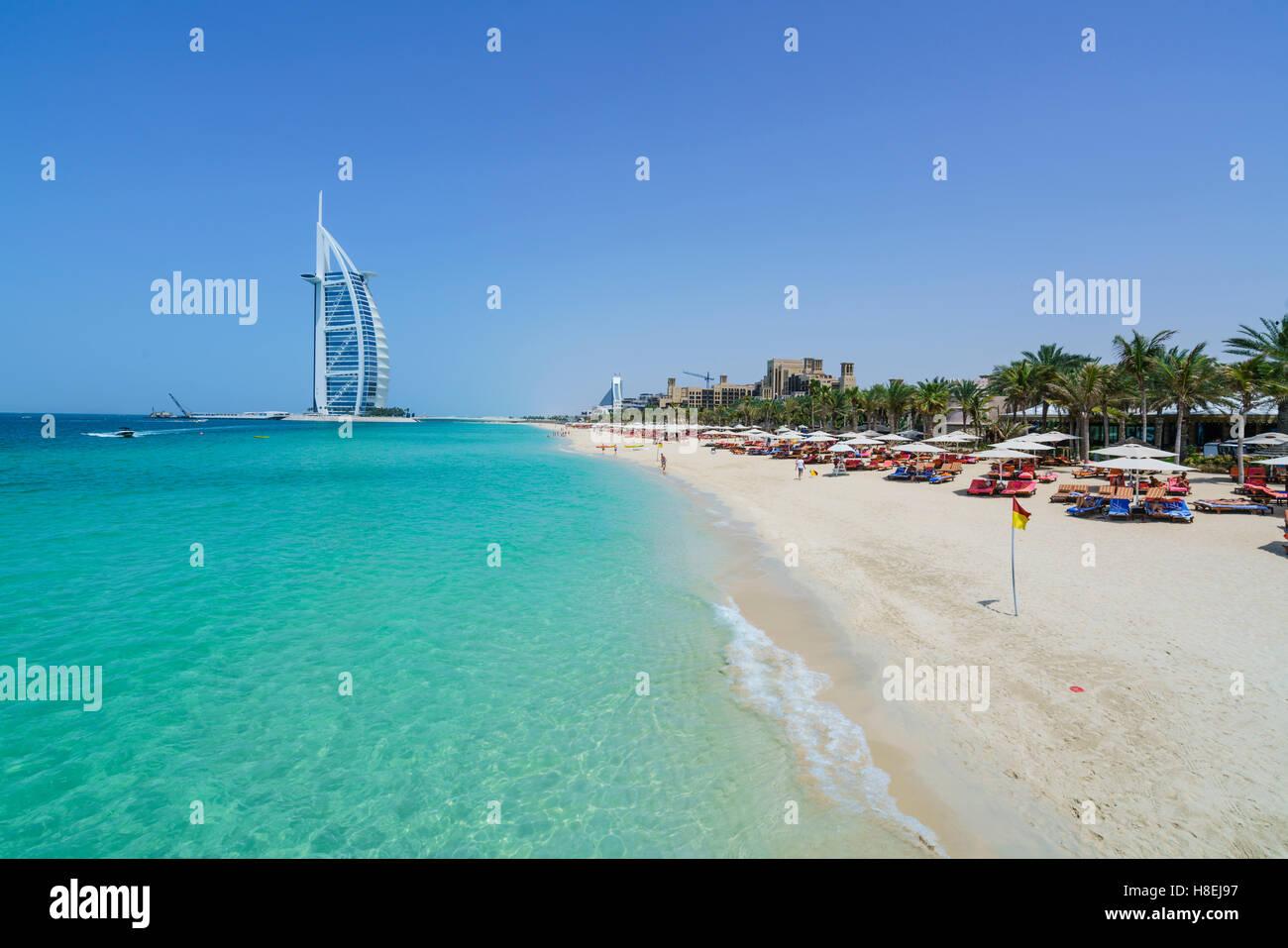 Burj Al Arab, la plage de Jumeirah, Dubai, Émirats arabes unis, Moyen Orient Photo Stock