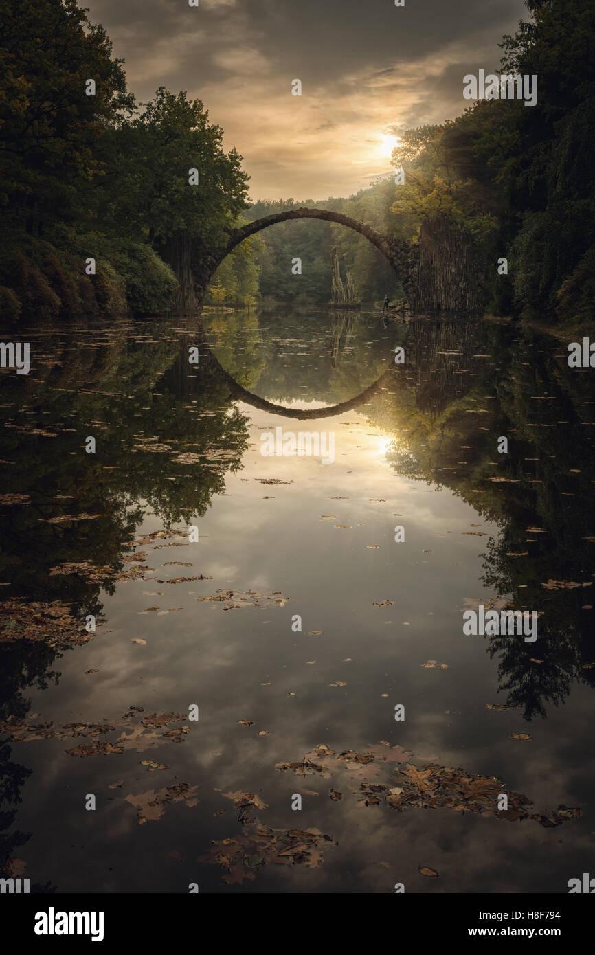Rakotzbrücke, Teufelsbrücke, pont en Kromlauer Kromlau, Park, New Jersey, United States Banque D'Images