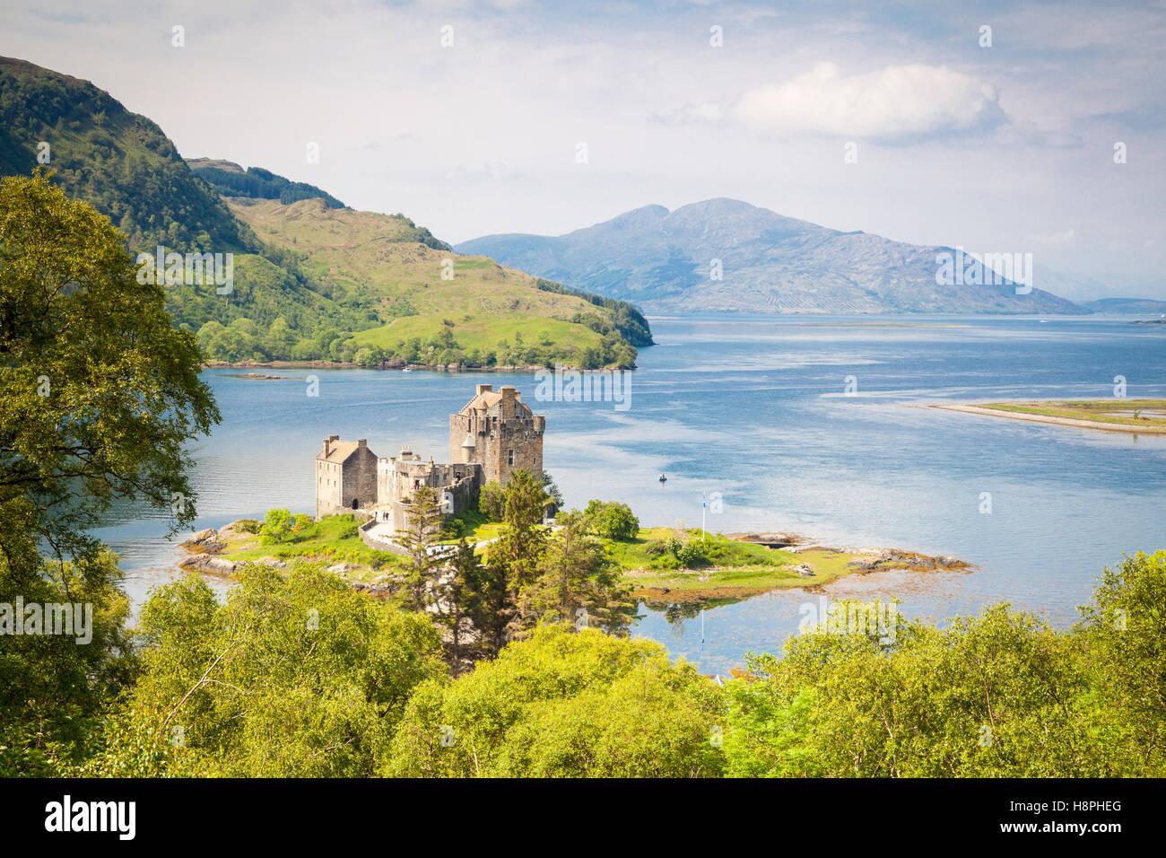 Le Château d'Eilean Donan, Loch Duich, Highlands, Scotland Banque D'Images