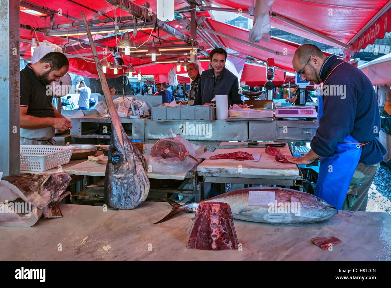 La Pescheria, marché aux poissons, Catane, Sicile, Italie Photo Stock