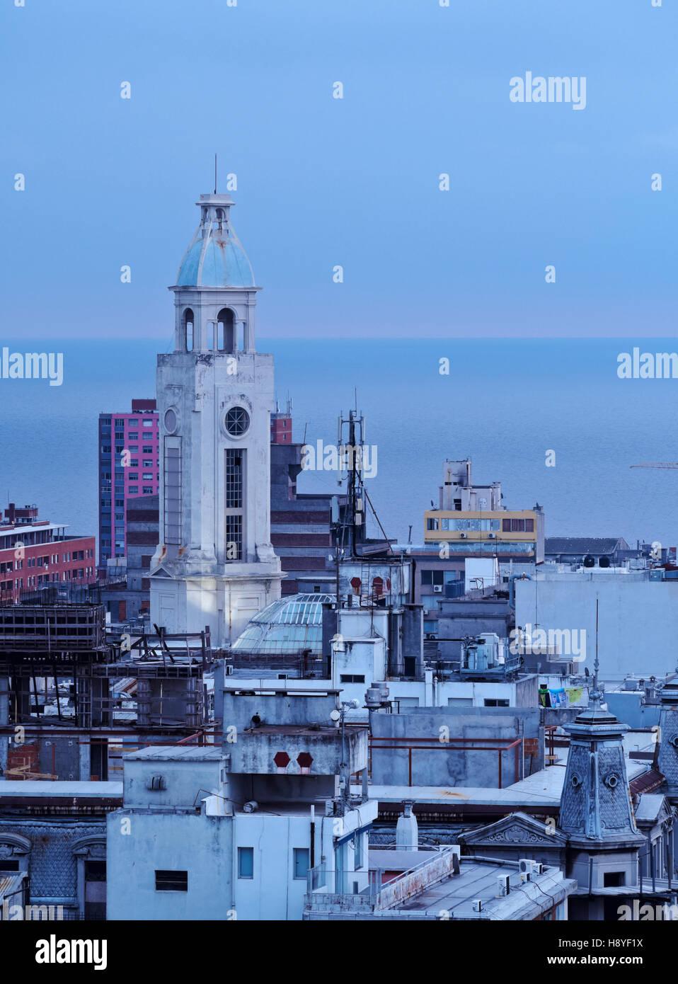 L'Uruguay, Montevideo, augmentation de la vue sur la vieille ville. Photo Stock