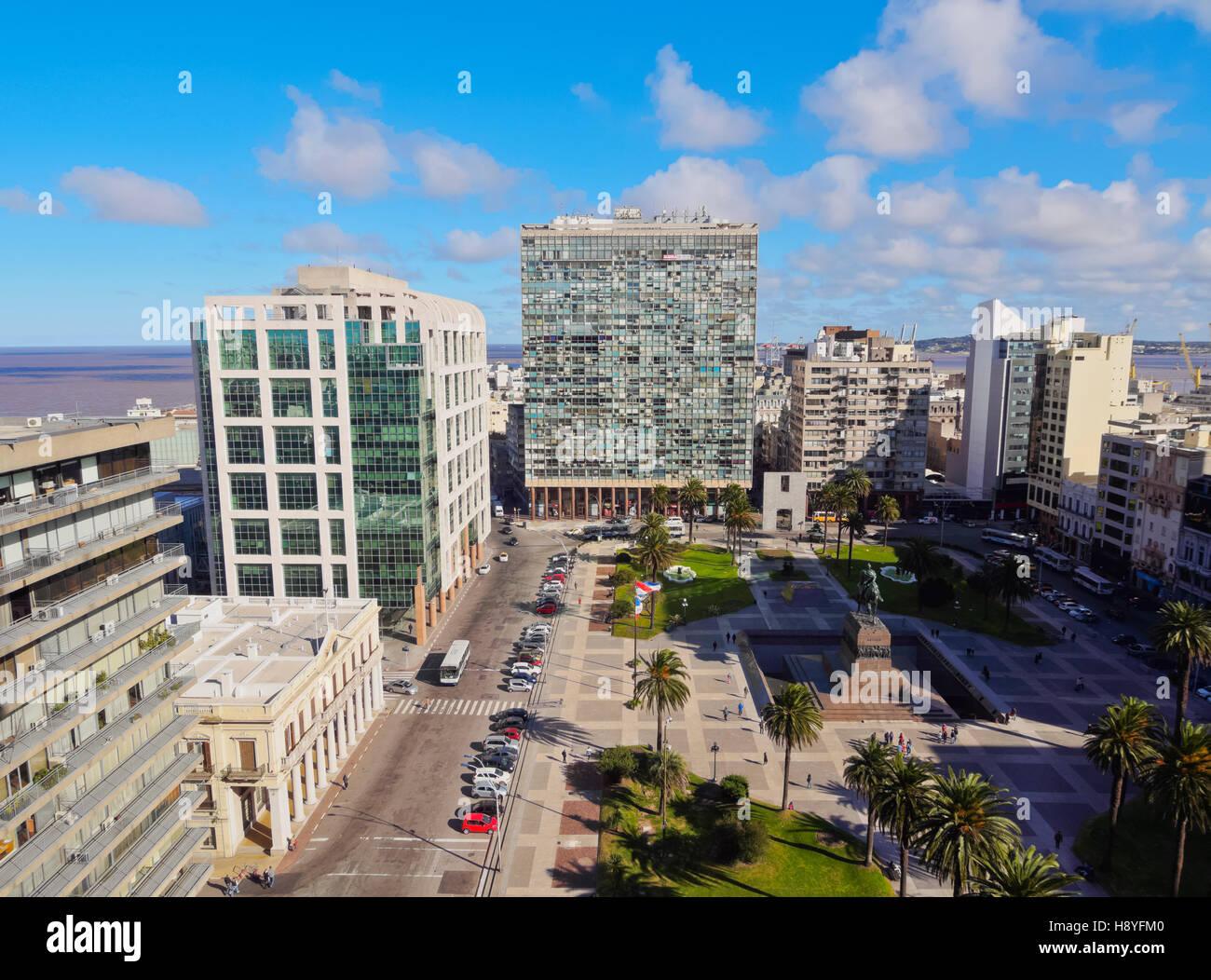 L'Uruguay, Montevideo, augmentation de la vue sur la place de l'indépendance. Photo Stock