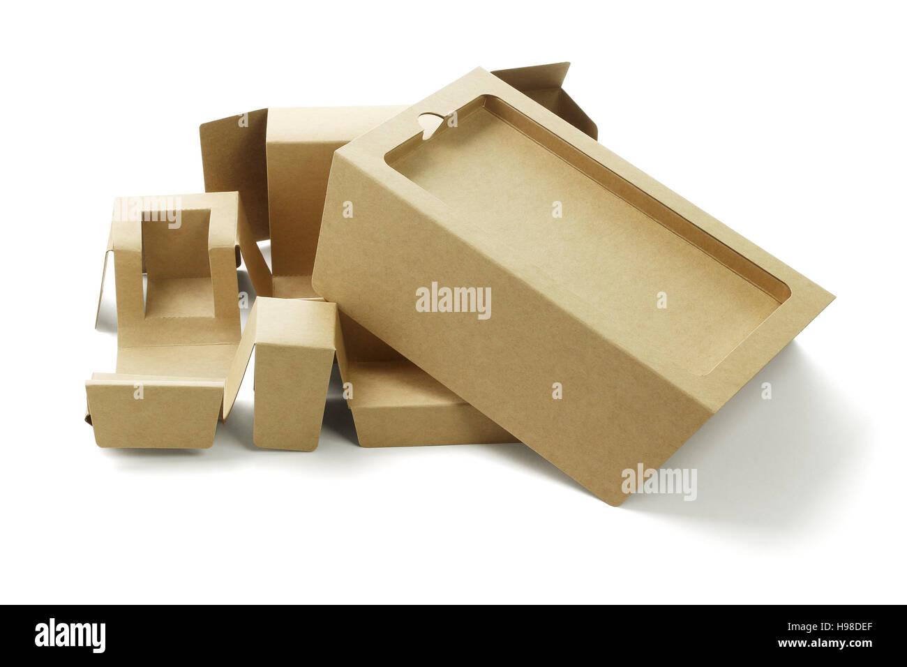 Smart Phone cartons d'emballage sur fond blanc Photo Stock