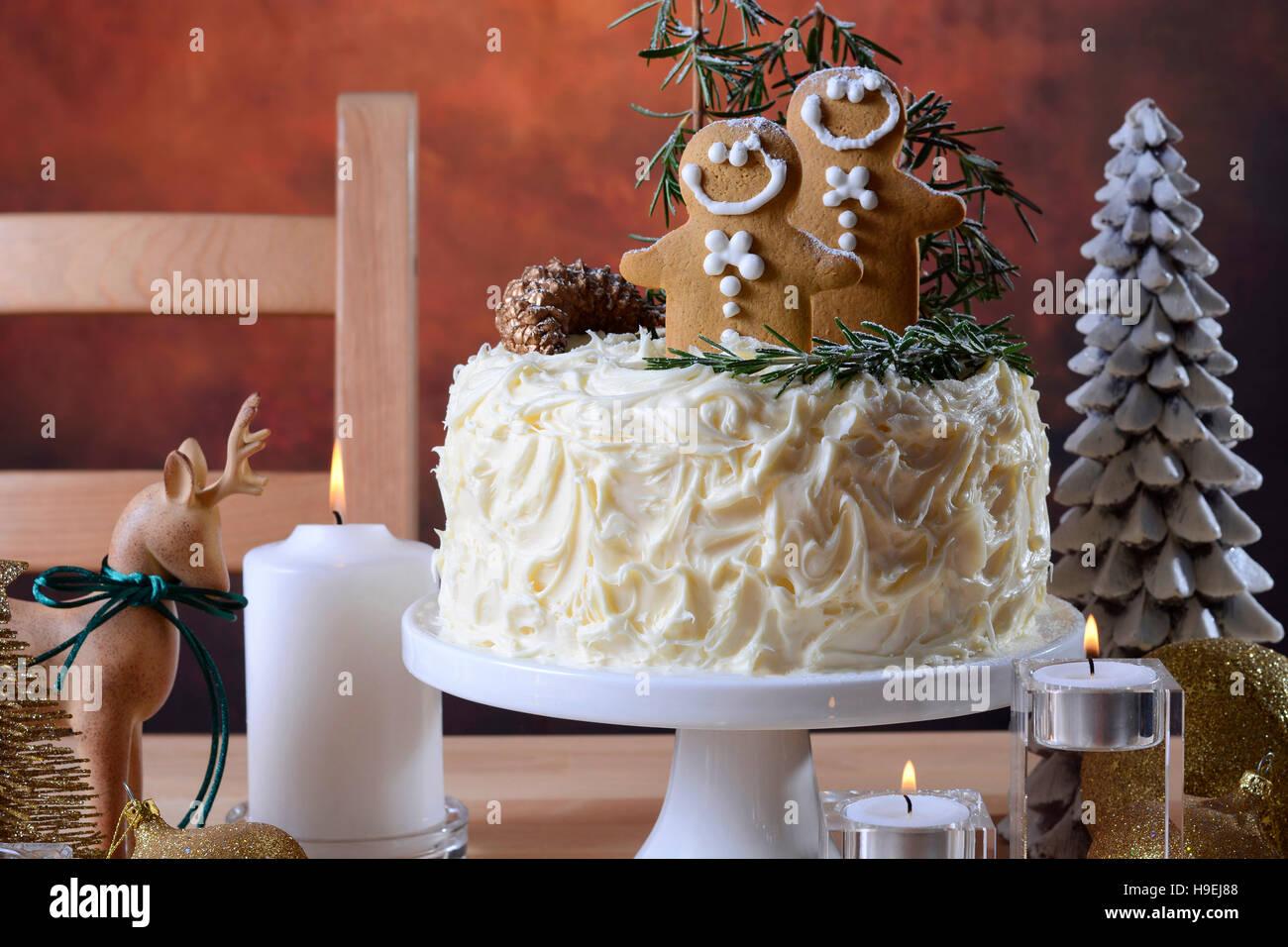 Gateau De Fete De Noel.Centre De Table De Noël Fêtes Showstopper Gâteau Au Chocolat