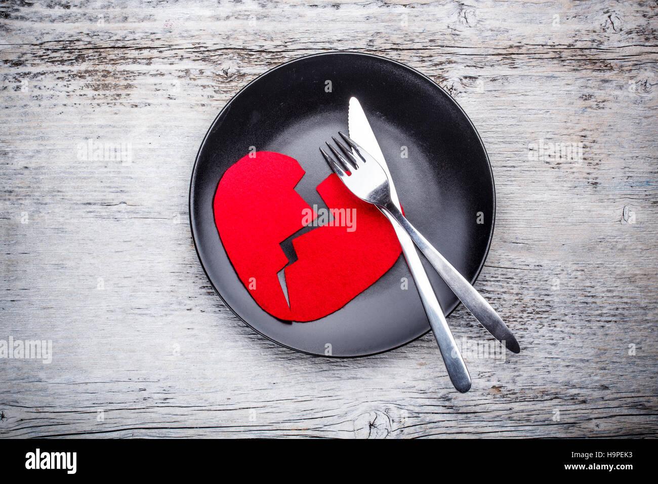 Plaque avec cœur brisé Banque D'Images