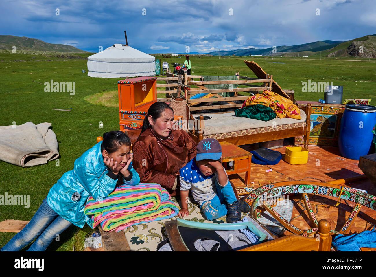La Mongolie, province Övörkhangaï, Okhon Valley Camp nomade, dans la migration Photo Stock