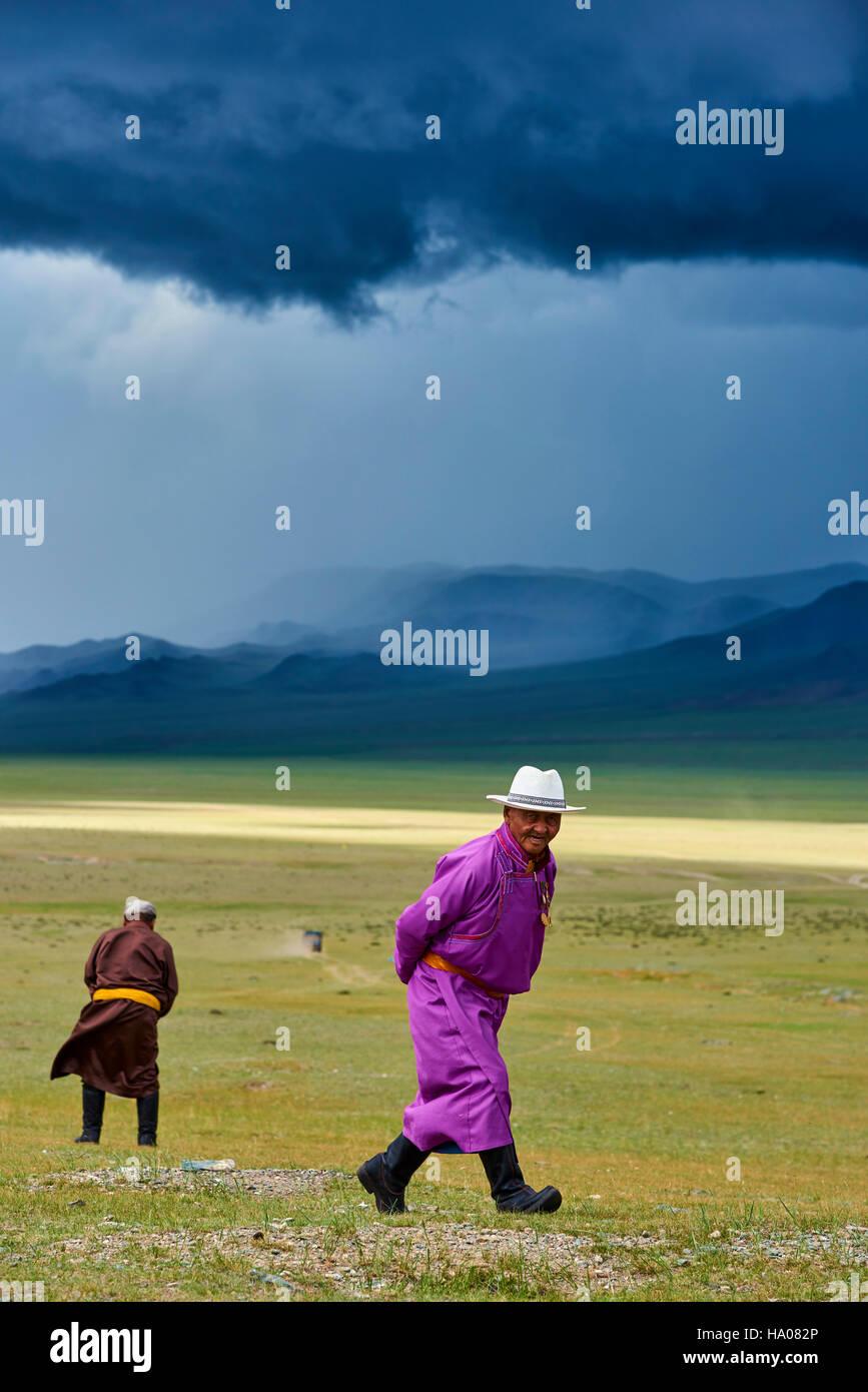 La Mongolie, province d'Uvs, l'ouest de la Mongolie, nomades dans la steppe Photo Stock