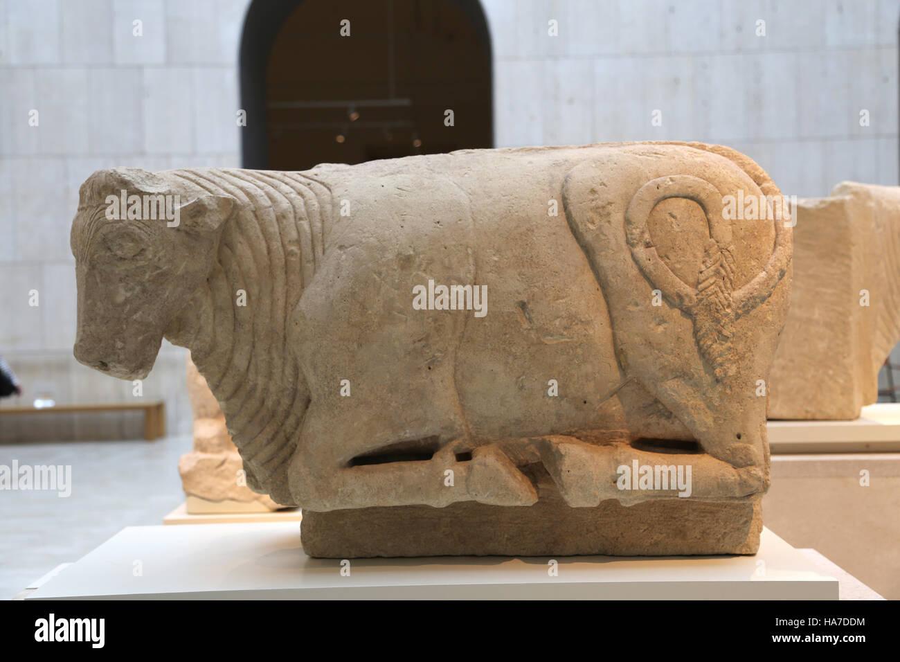 Bull. La pierre calcaire. La fin de la culture ibérique. 5ème ANNONCE de siècle. Osuna, Séville, Photo Stock