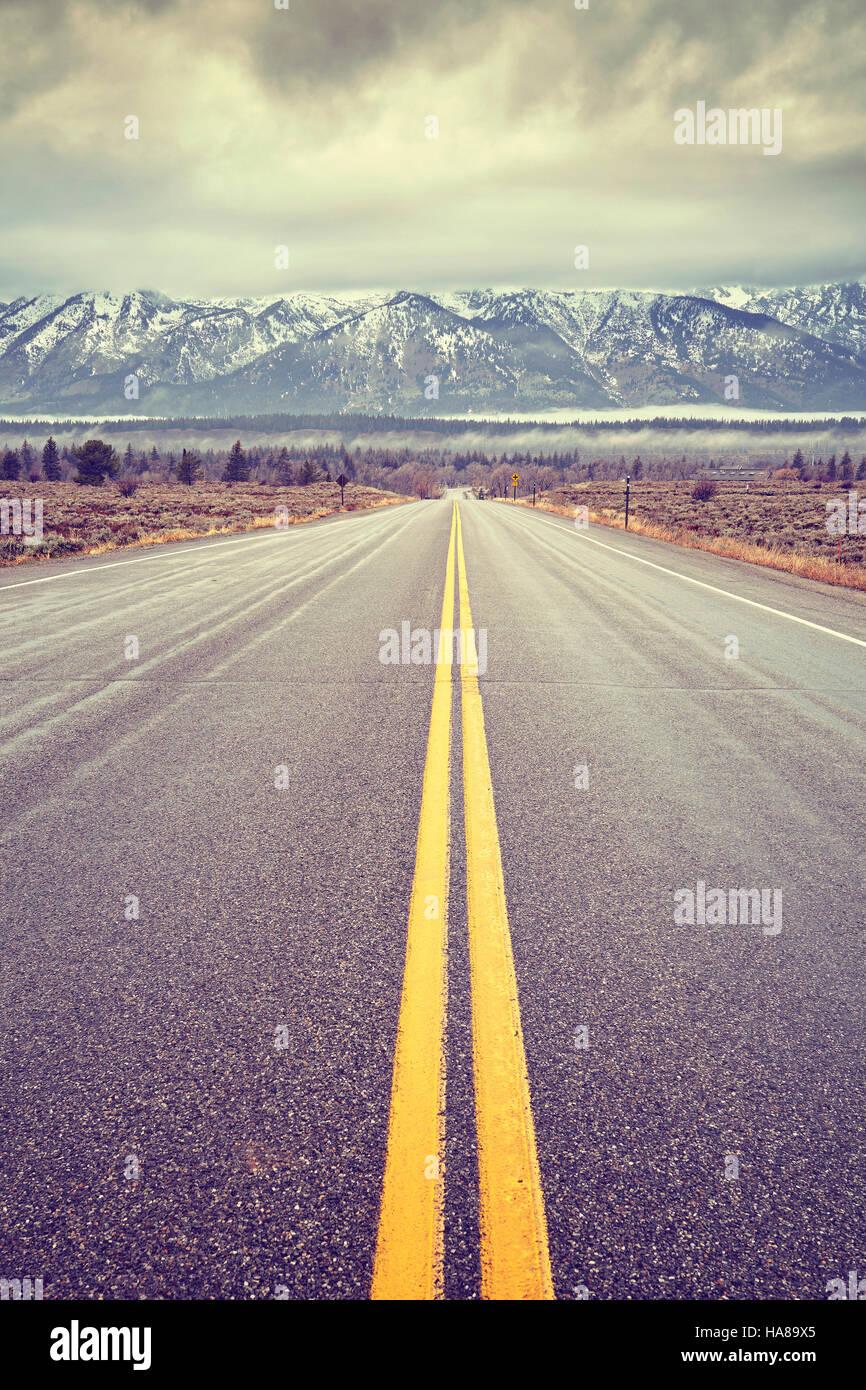 Tons Vintage route pittoresque dans le Parc National de Grand Teton, Wyoming, États-Unis. Photo Stock