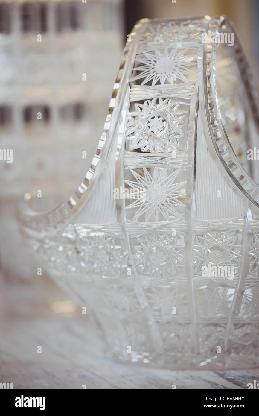 Close-up de verrerie sur table Banque D'Images