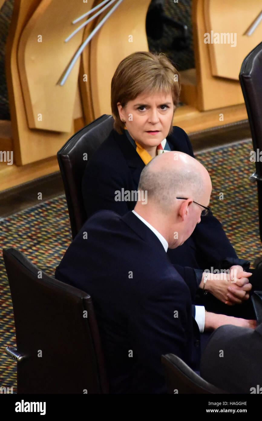 Edinburgh, Ecosse, Royaume-Uni, 01, décembre 2016. Premier ministre Nicola Sturgeon au premier ministre des Photo Stock