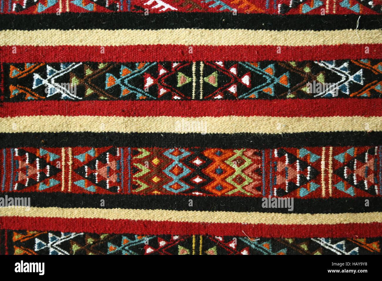 Traditional Tunisian Carpet Style Photos Traditional Tunisian - Faience cuisine et tapis berbere tunisien