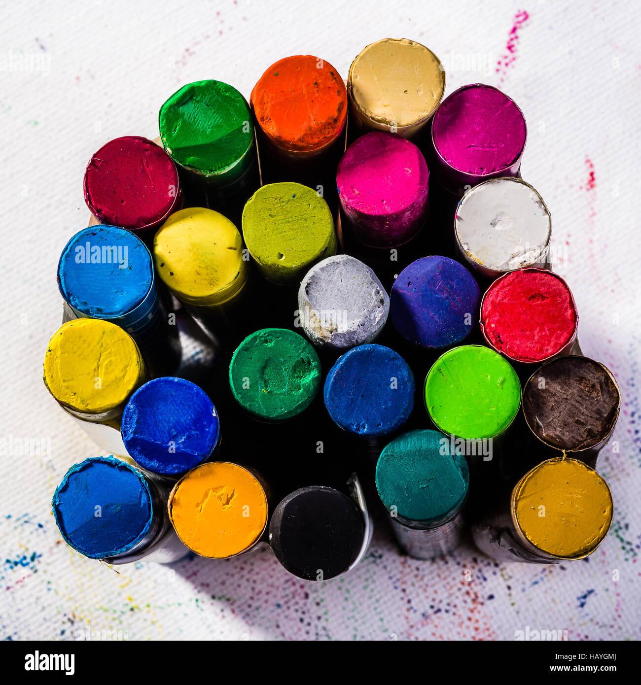 Pastels à l'huile sur papier Banque D'Images