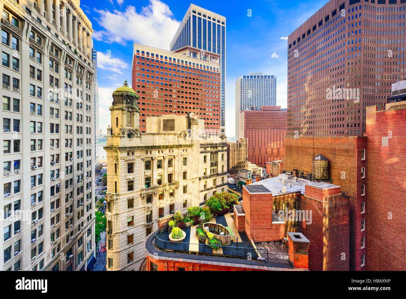 New York Ville paysage urbain entre les bâtiments du quartier financier. Photo Stock