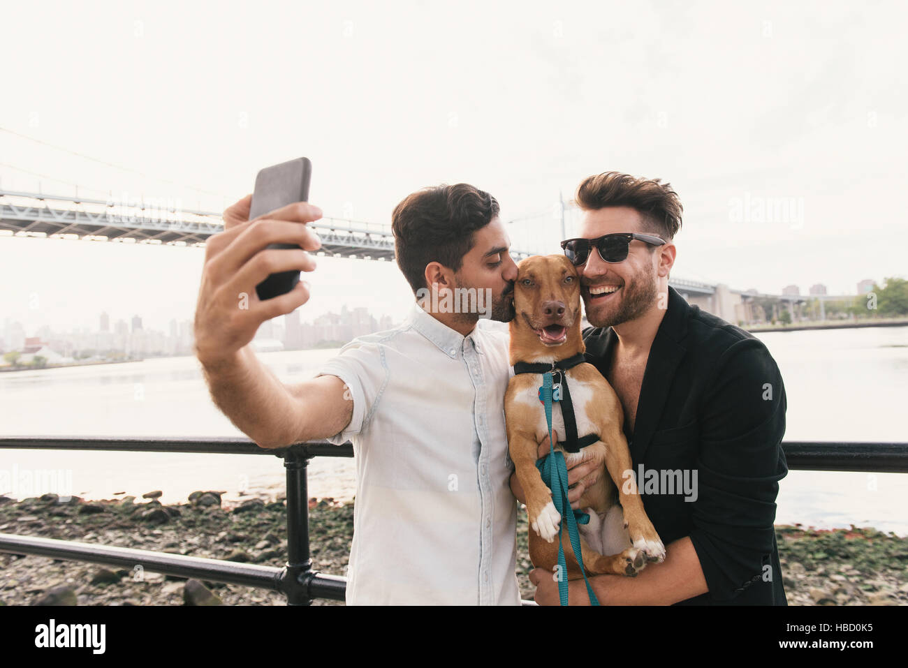rencontre jeune gay dog ?a Paris