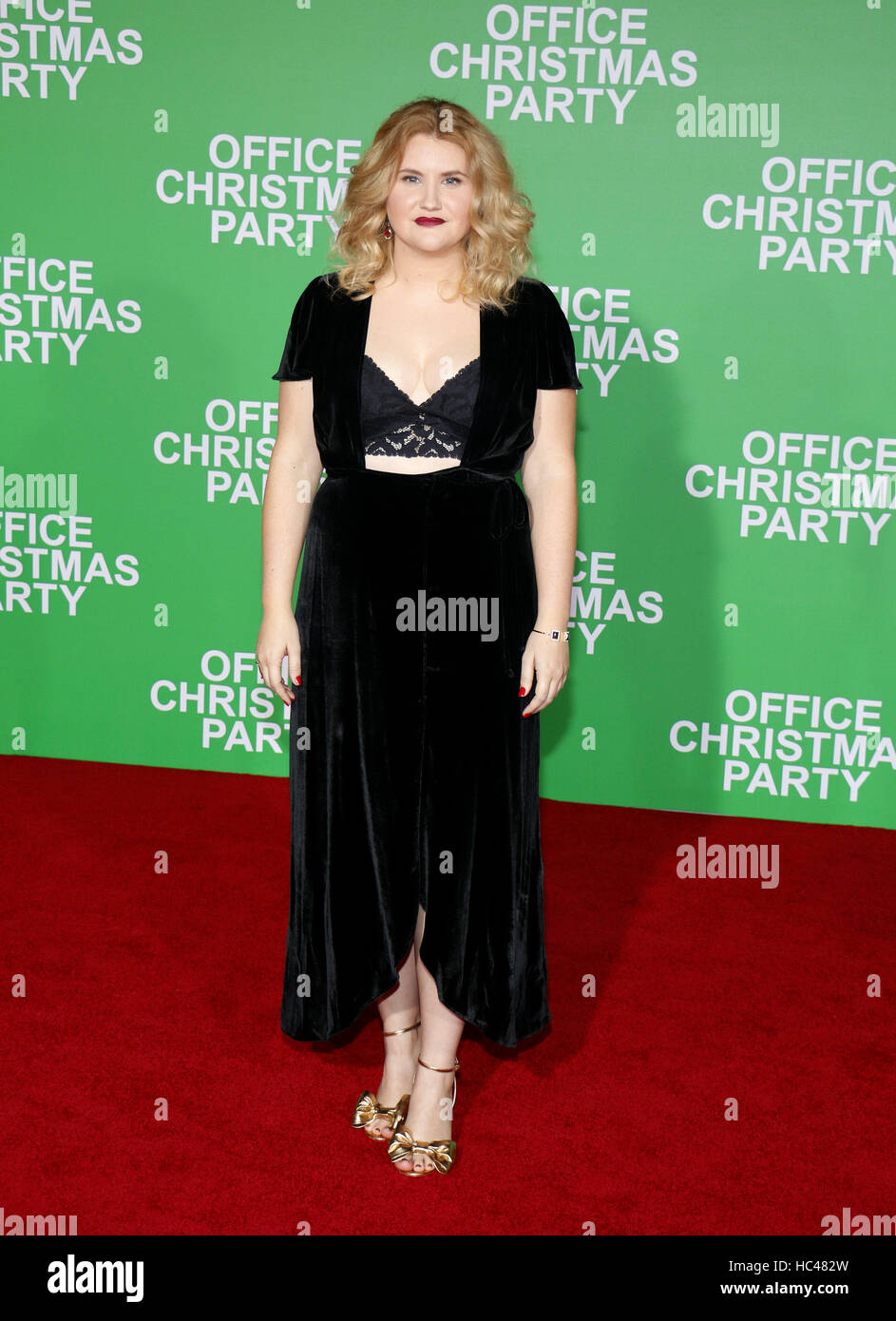 Westwood, USA. 07Th Dec, 2016. Jillian Bell au Los Angeles premiere de 'Party de Noël de bureau' qui Photo Stock