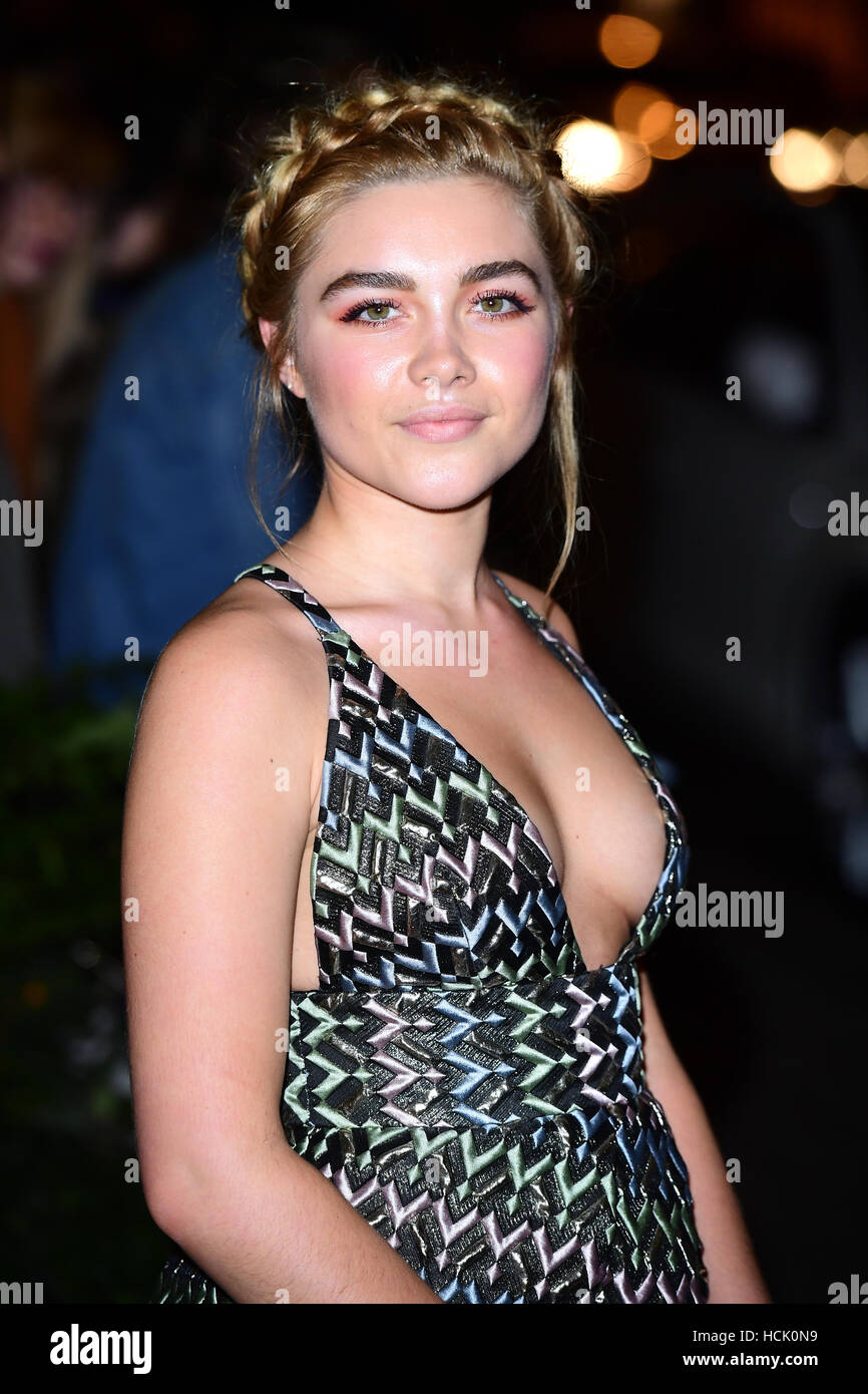 Celebrites Florence Pugh nudes (52 foto and video), Tits, Cleavage, Boobs, butt 2015