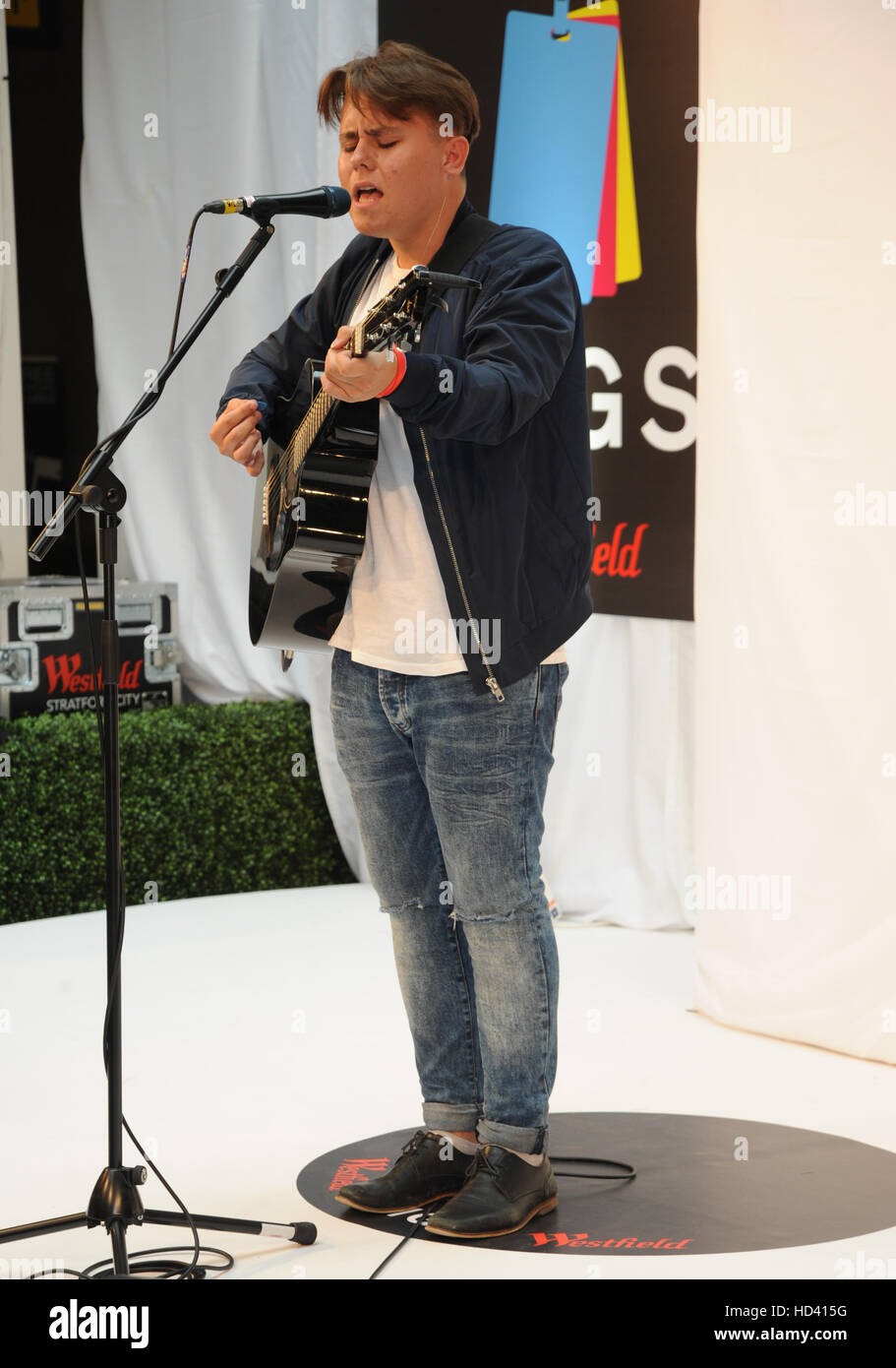 Westfield Stratford Concerts grand final comprend: Lewis Smith Où: London, Royaume-Uni Quand: 04 Oct 2016 Banque D'Images