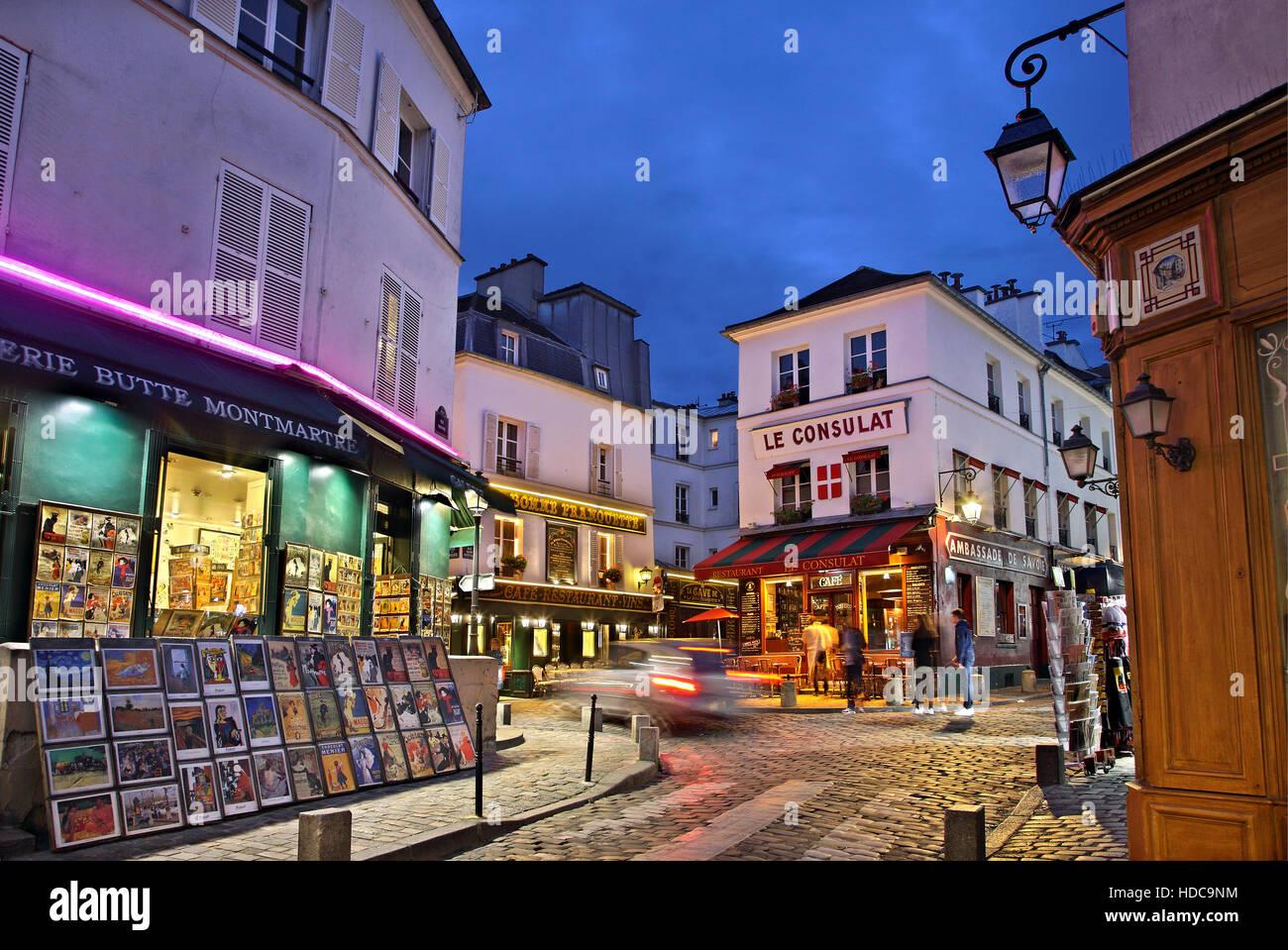 Balade dans les ruelles pittoresques de la 'bohemian' quartier de Montmartre, Paris, France Banque D'Images